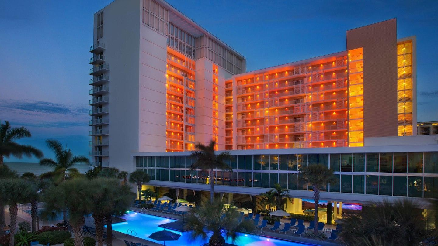 Marriott's Crystal Shores image 0