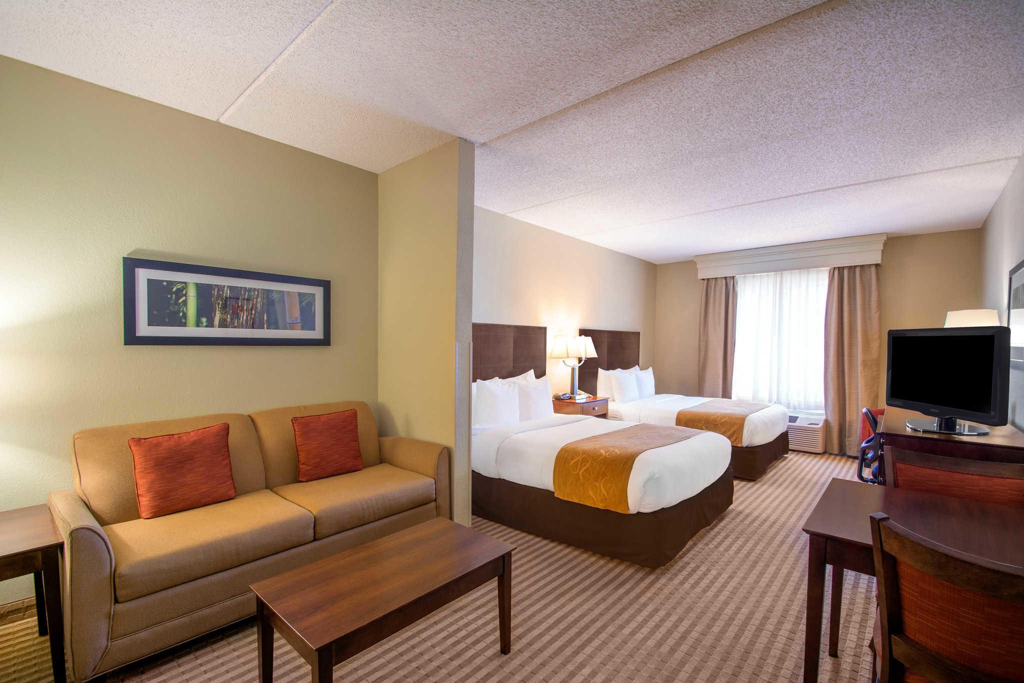 Comfort Suites Near Universal Orlando Resort image 8