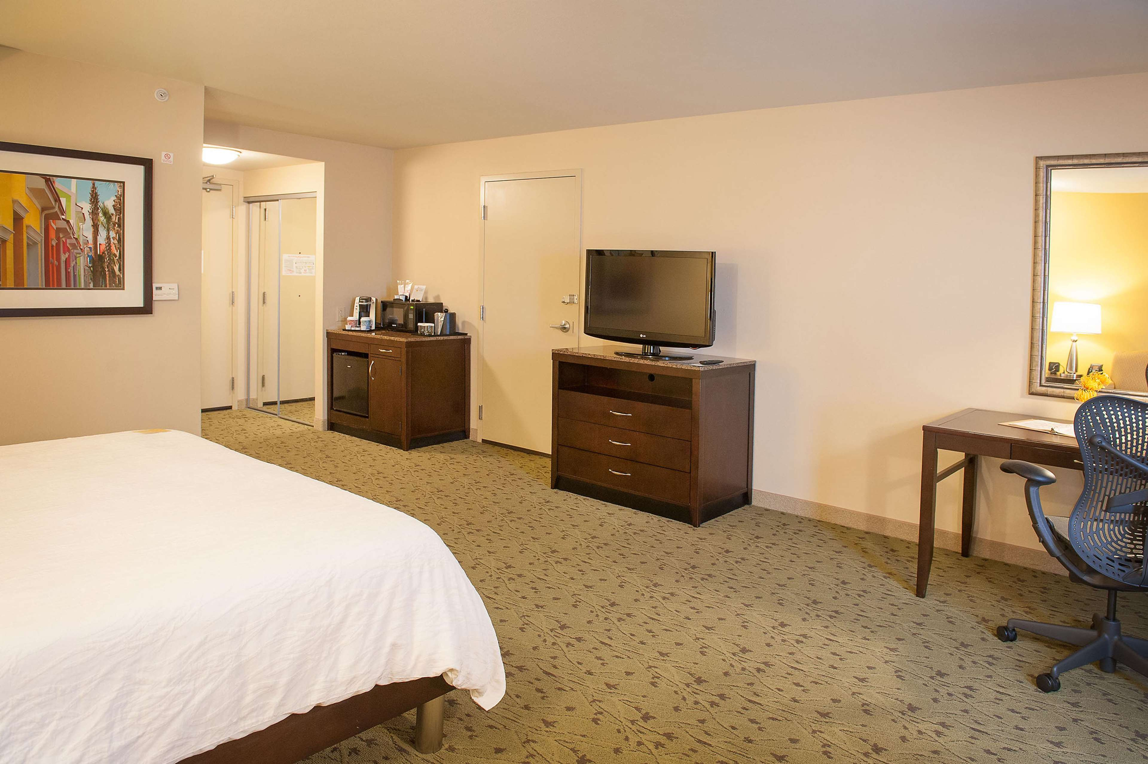 Hilton Garden Inn Pensacola Airport - Medical Center image 21