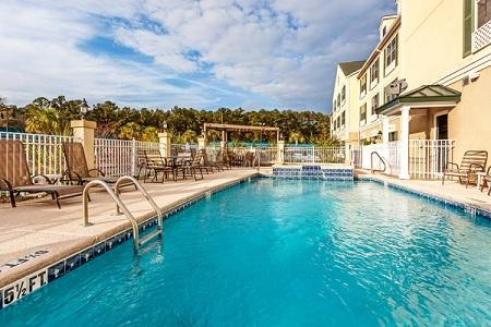 Country Inn & Suites by Radisson, Hinesville, GA image 0