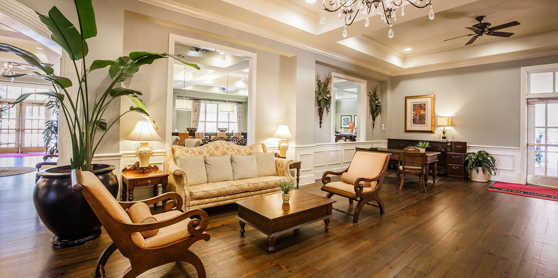 Hampton Inn & Suites Savannah Historic District image 8
