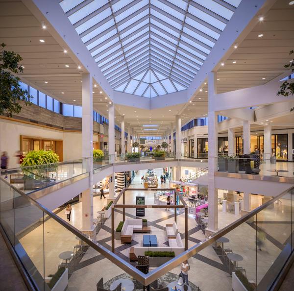 Perimeter Mall image 10