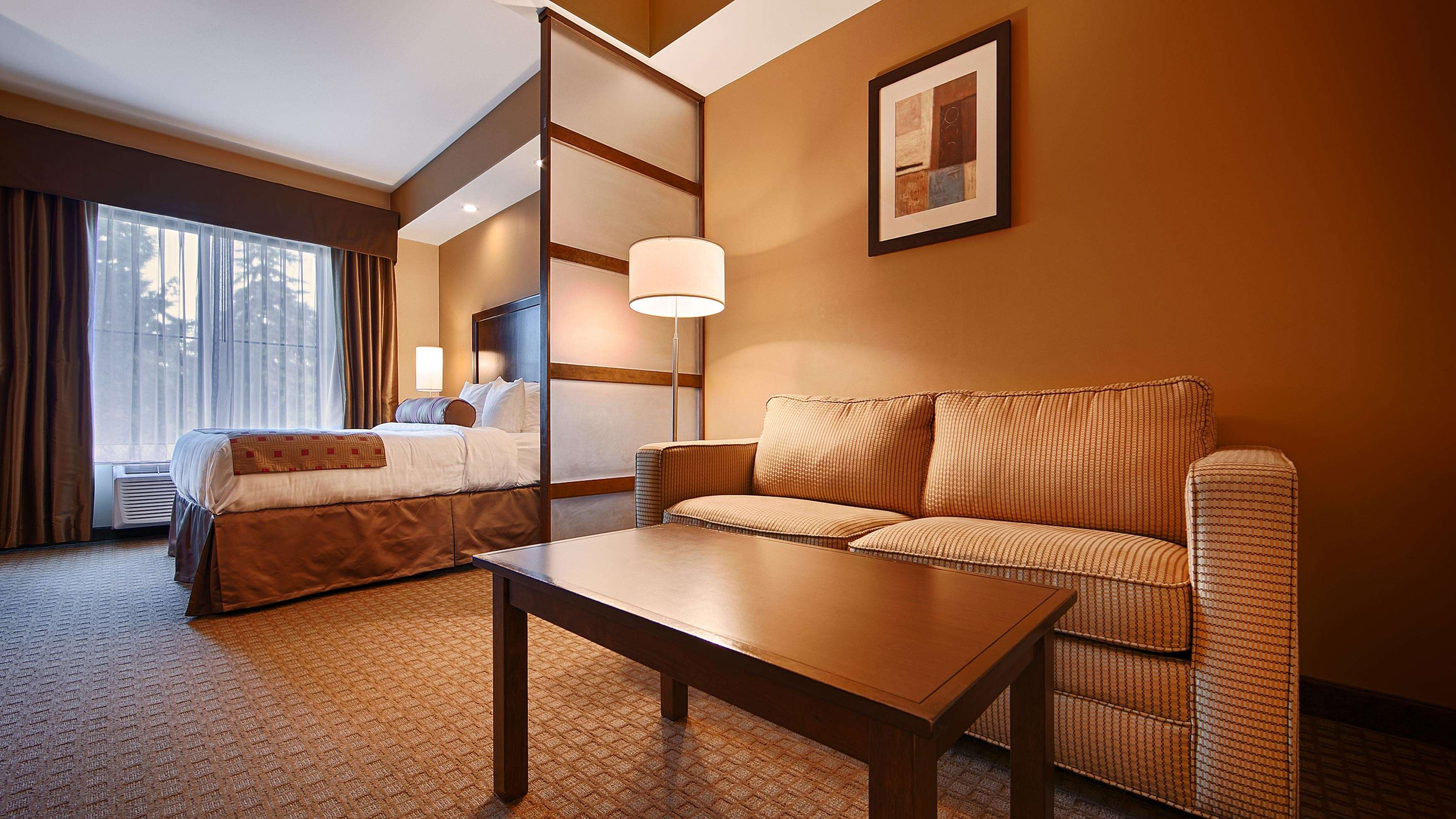 Best Western Plus Lacey Inn & Suites image 15