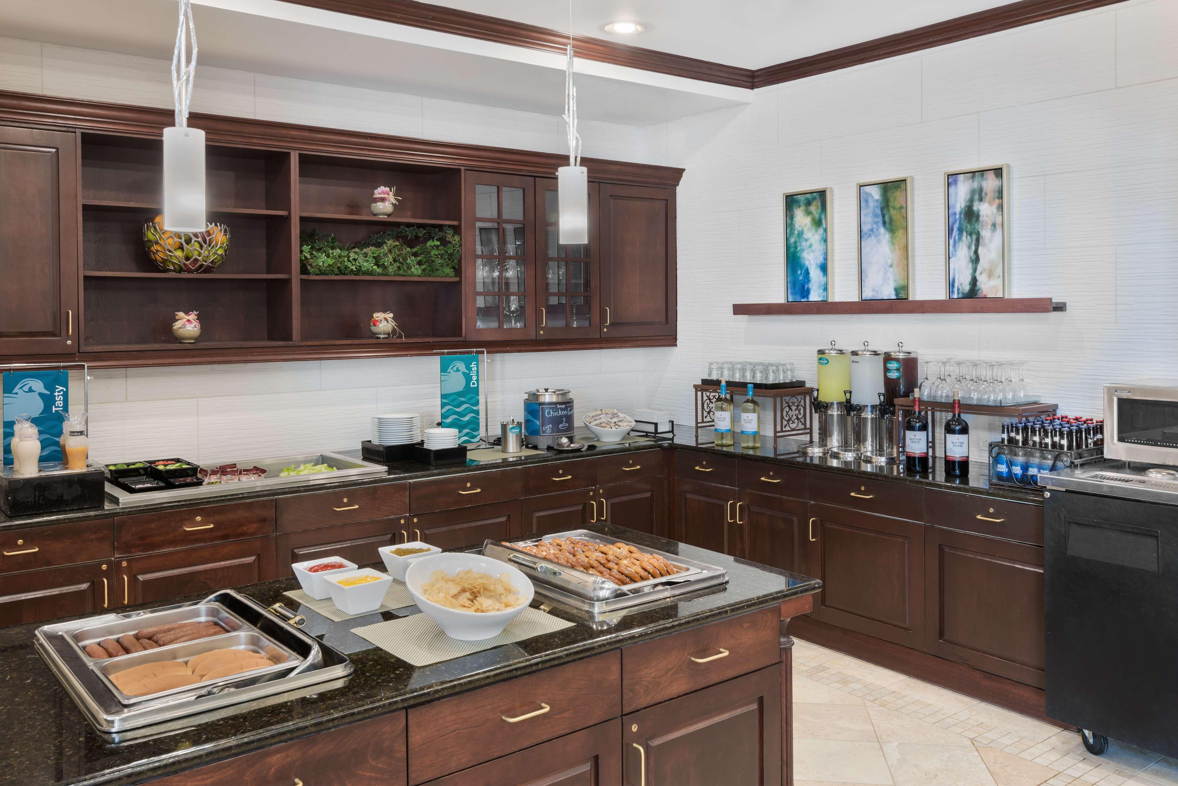 Homewood Suites by Hilton Holyoke-Springfield/North image 9