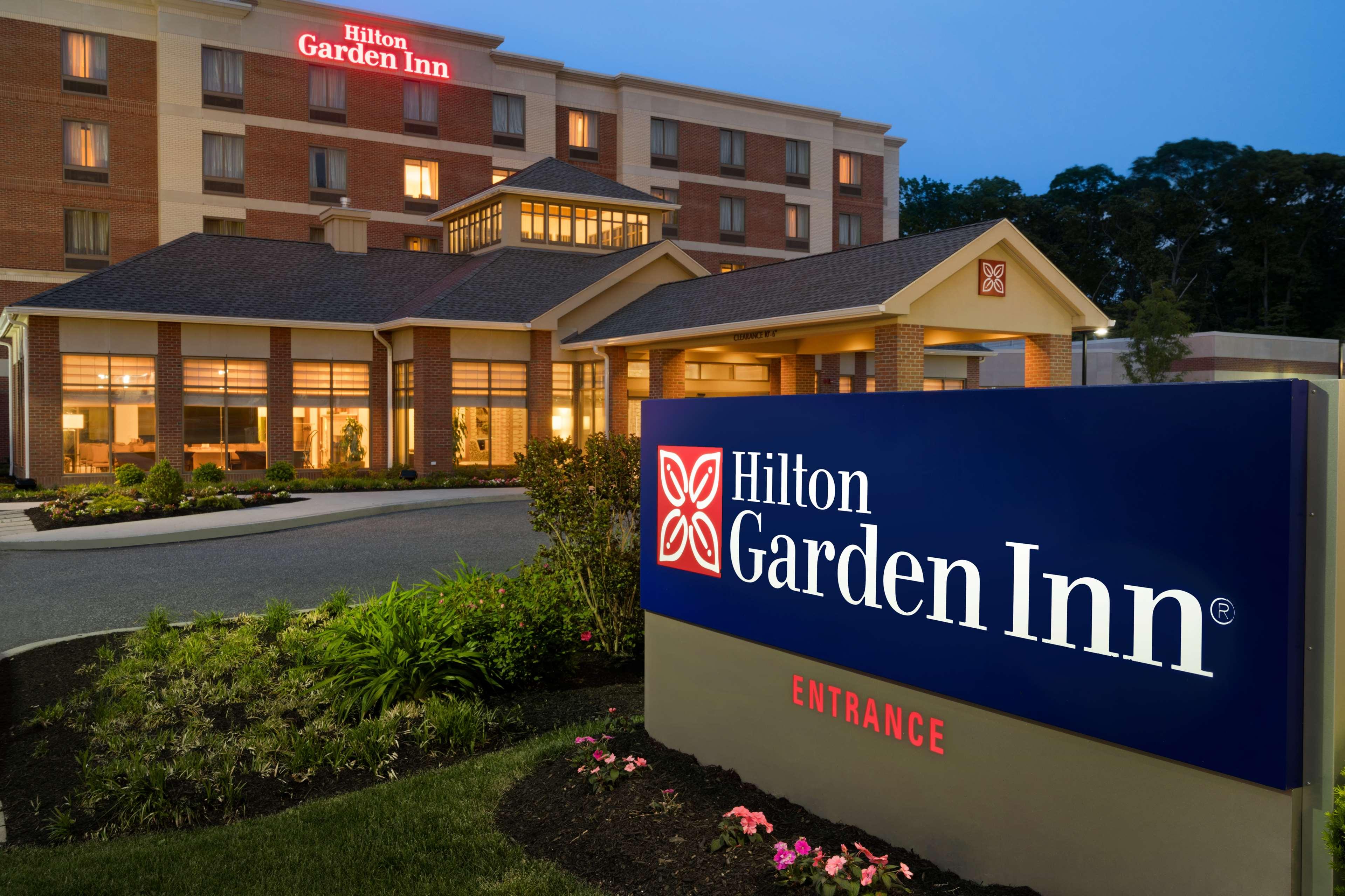 Hilton garden inn stony brook 1 circle road stony brook ny hotels motels mapquest Stony brook swimming pool hours