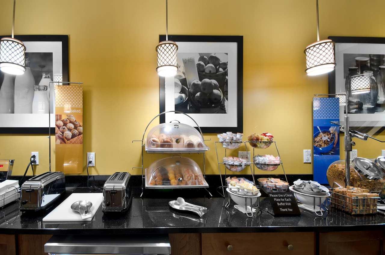 Hampton Inn & Suites Raleigh/Cary I-40 (PNC Arena) image 47
