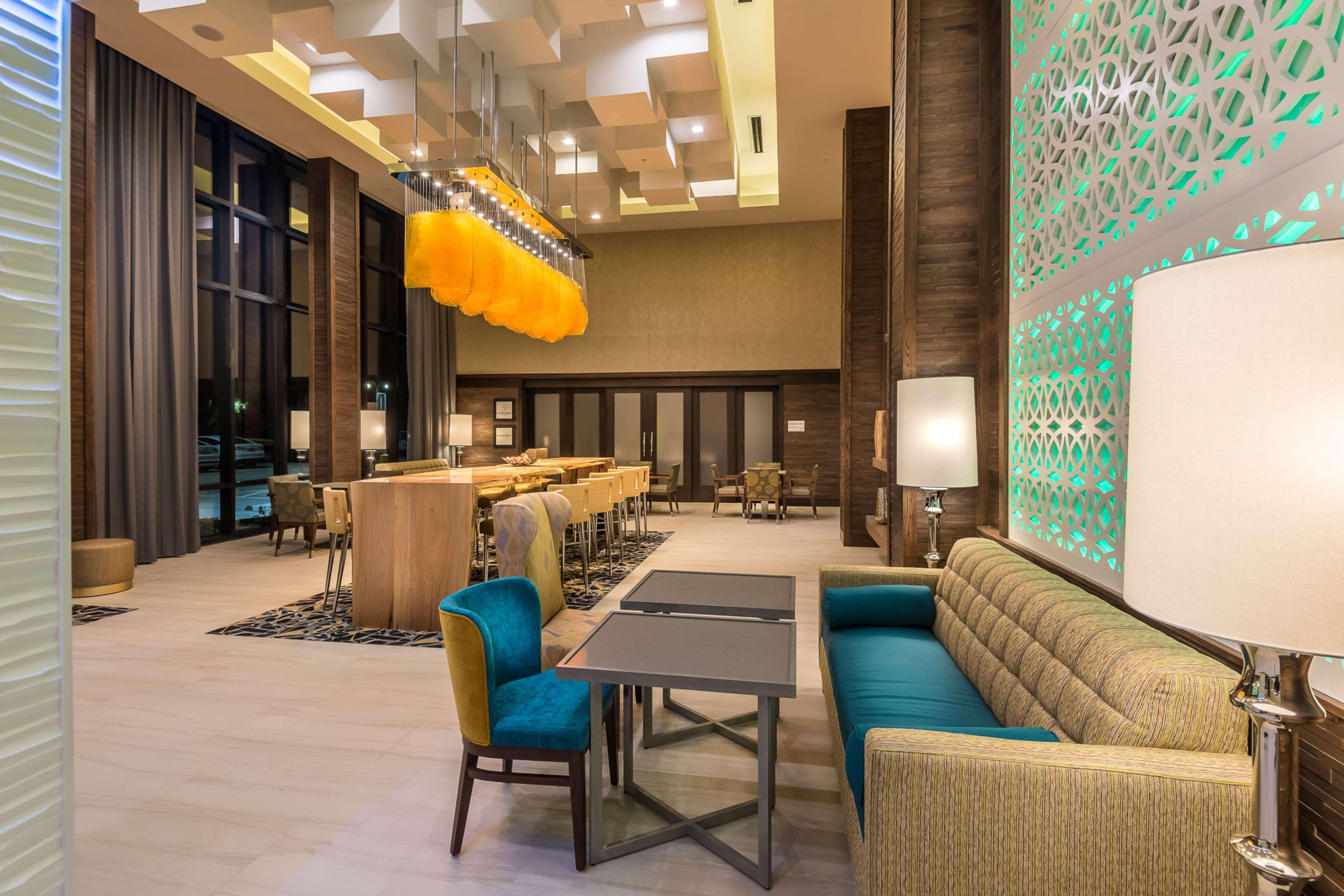 Hampton Inn & Suites Dallas-The Colony, TX image 4
