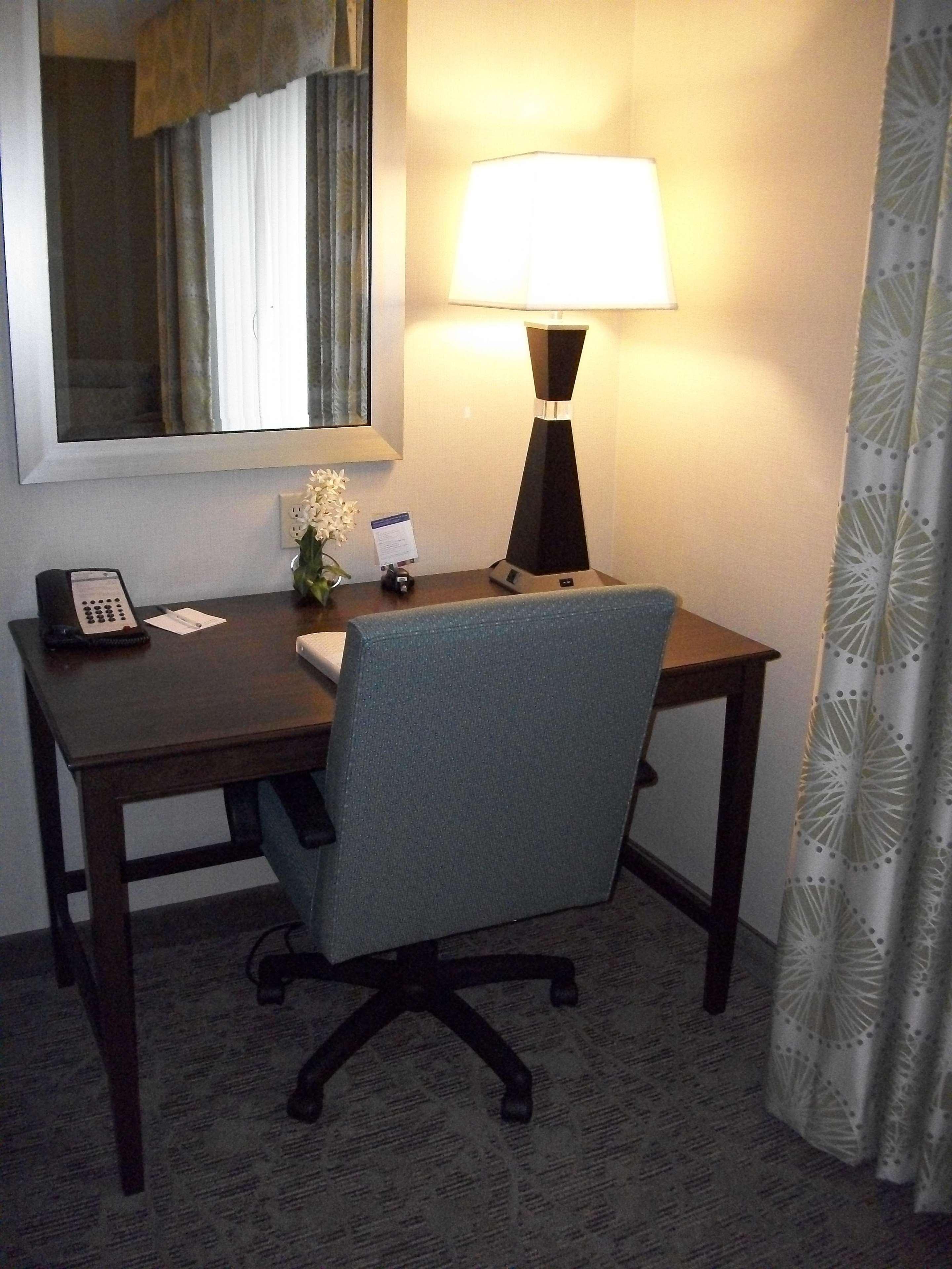 Hampton Inn & Suites Manteca image 44