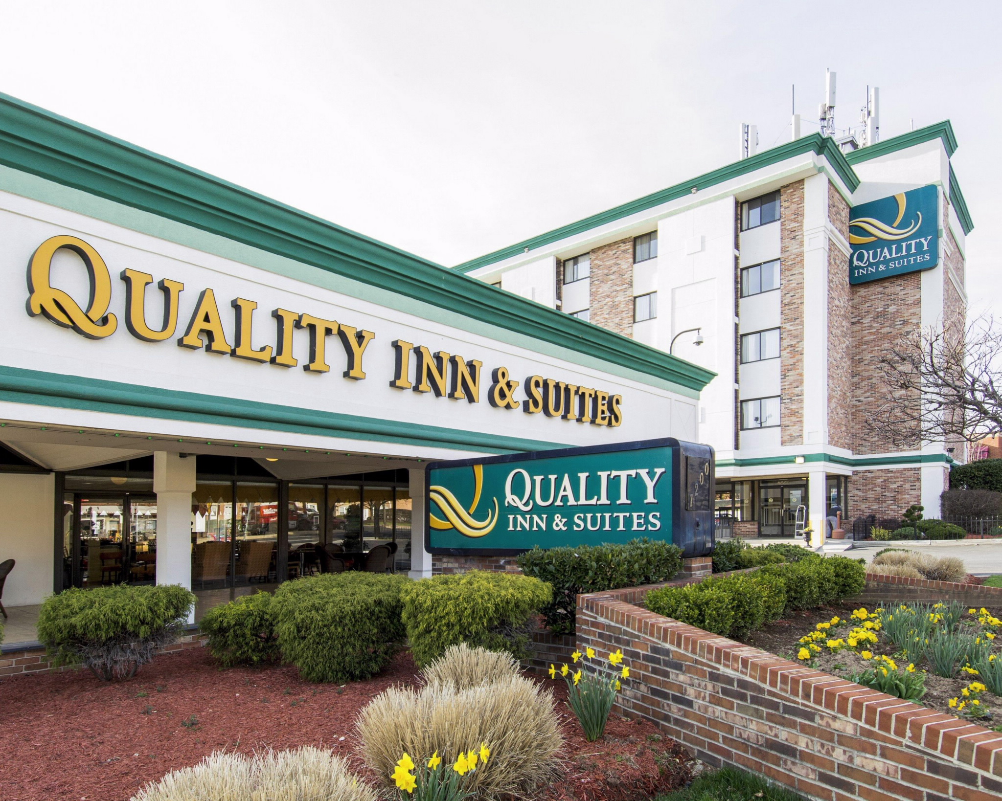 Quality inn hotel coupons
