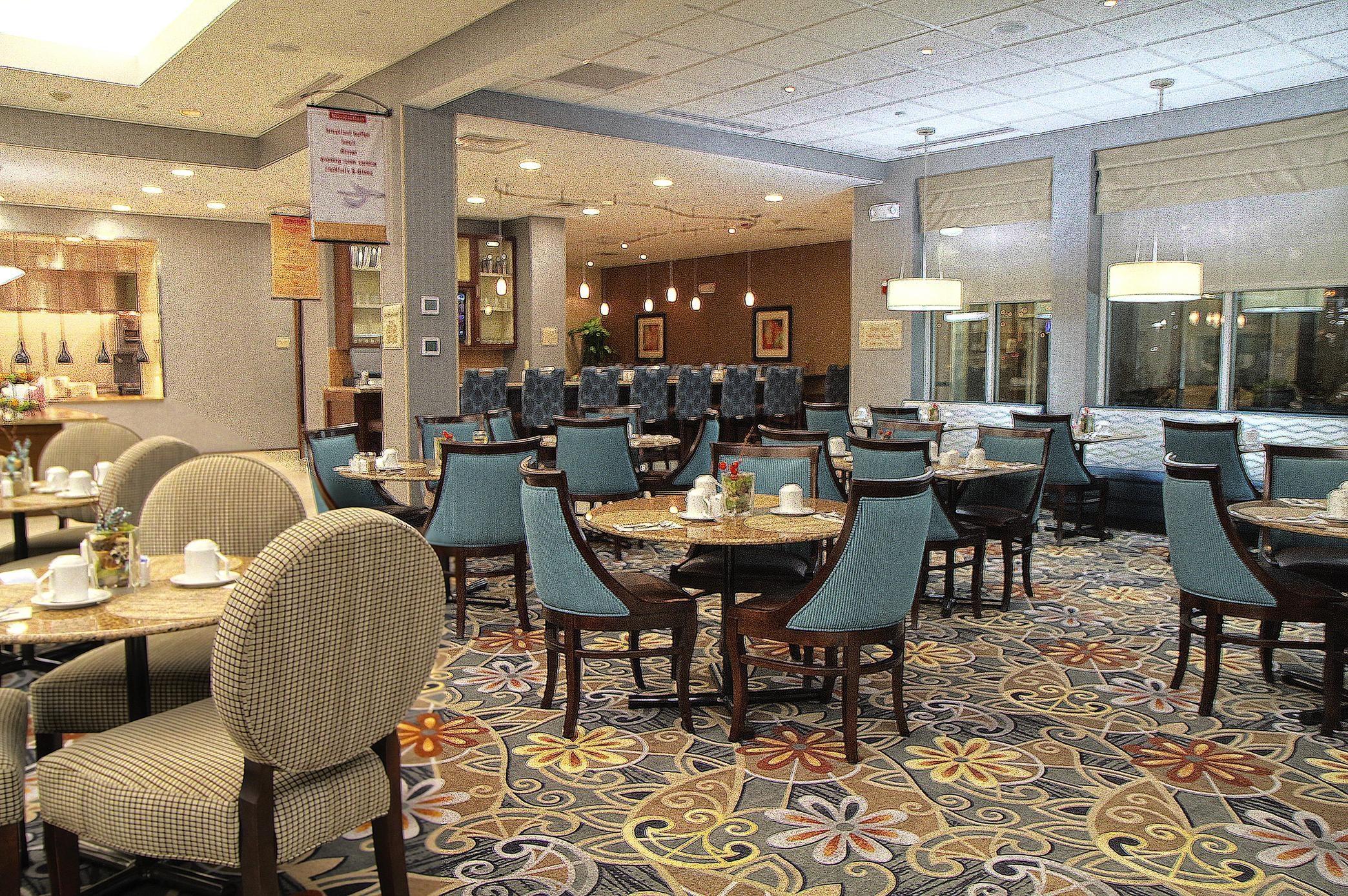 Hilton Garden Inn Tulsa Midtown image 2