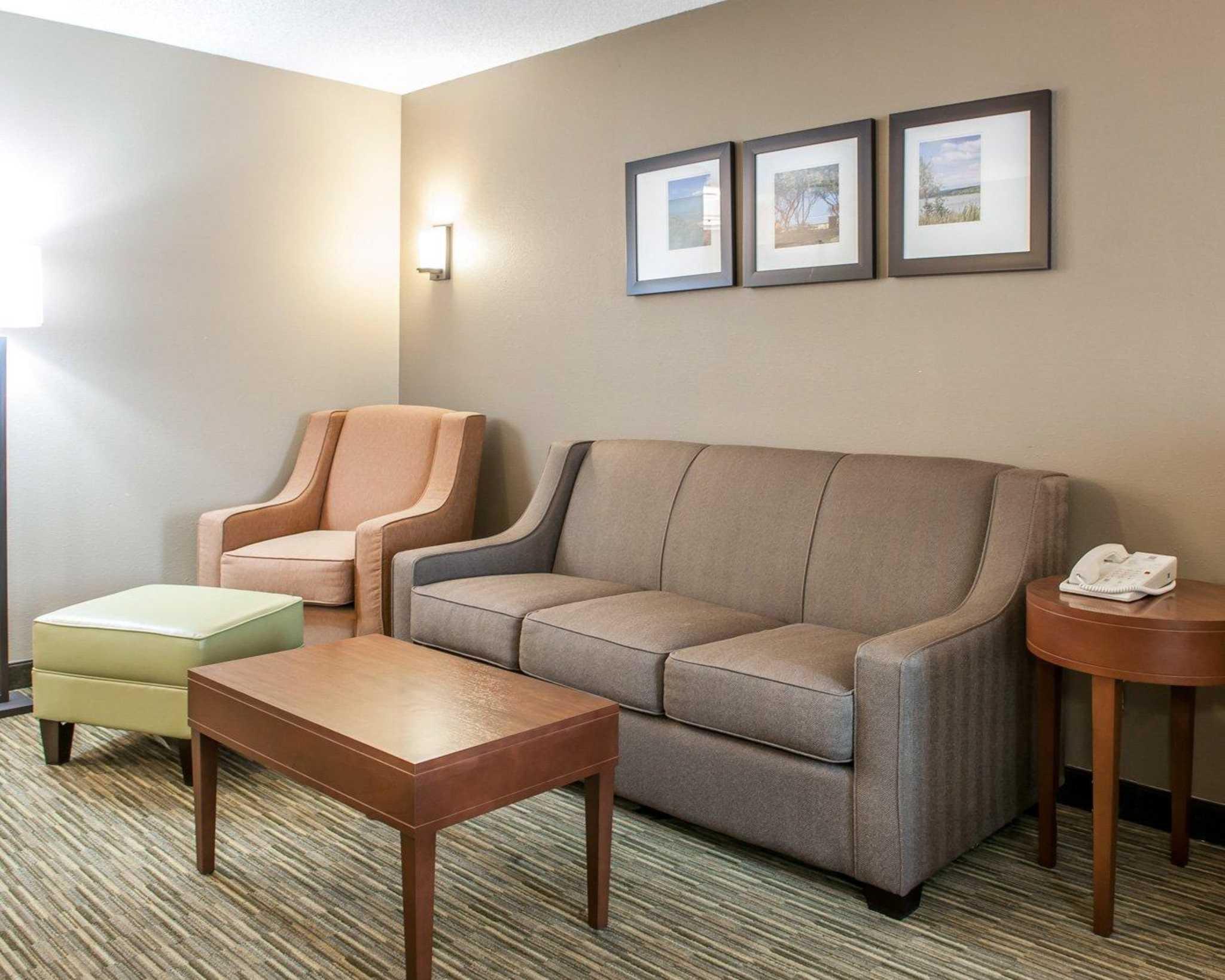 Comfort Suites North in Elkhart, IN, photo #10