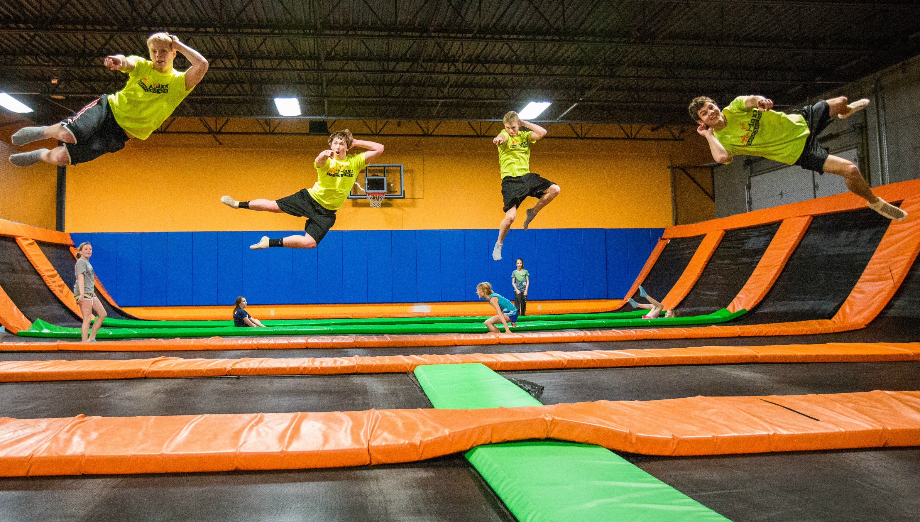airmaxx trampoline park coupons near me in saint cloud 8coupons. Black Bedroom Furniture Sets. Home Design Ideas
