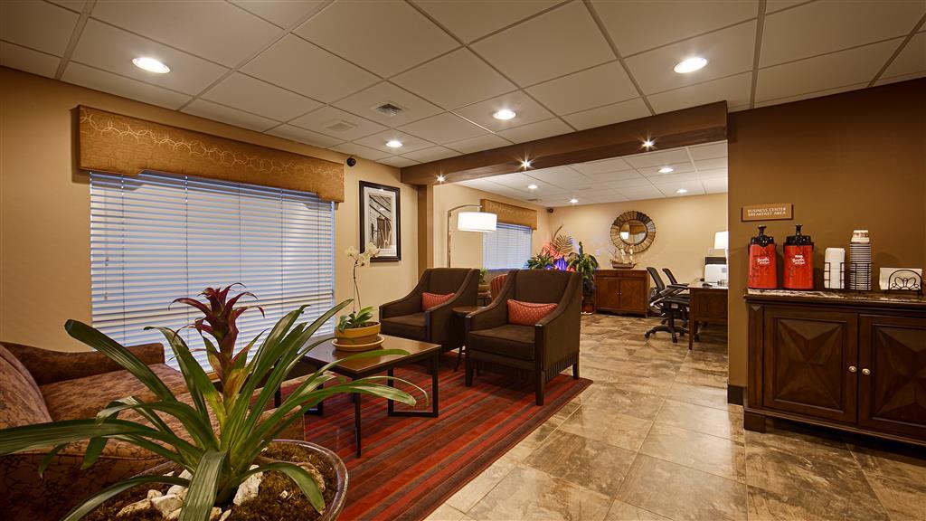 Best Western Inn & Suites image 1