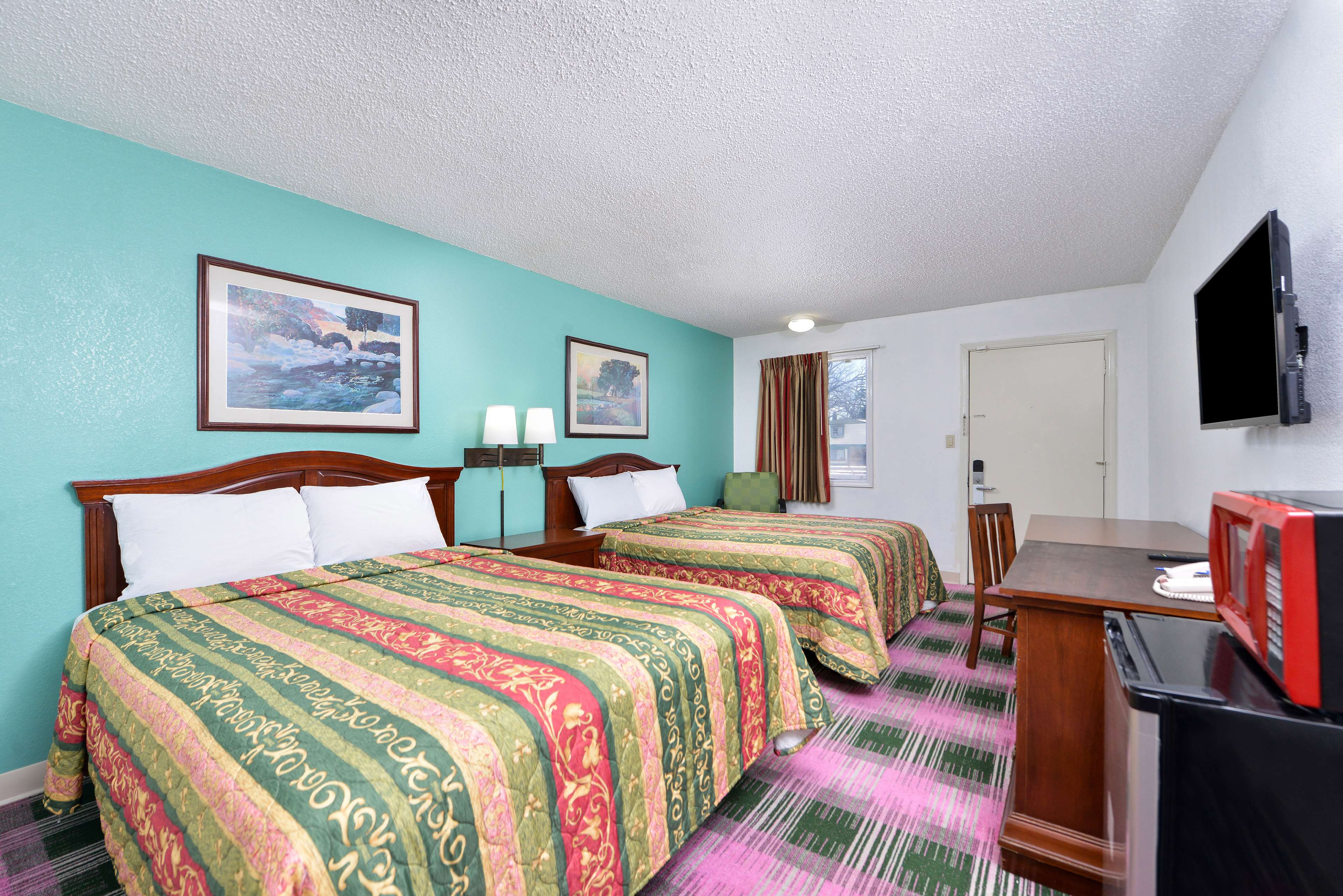 Americas Best Value Inn - Indy South image 13