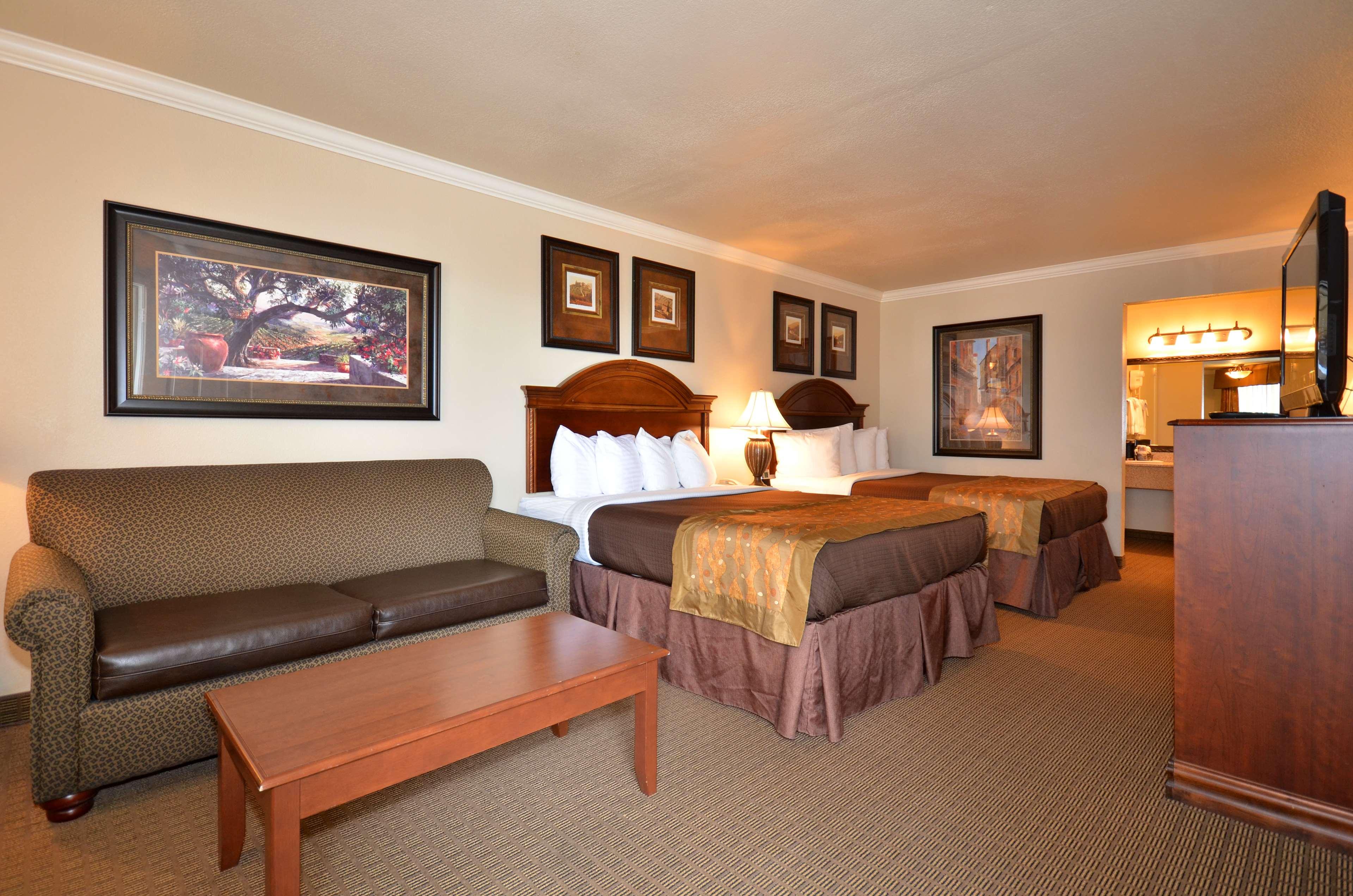 Best Western Inn of McAlester image 25