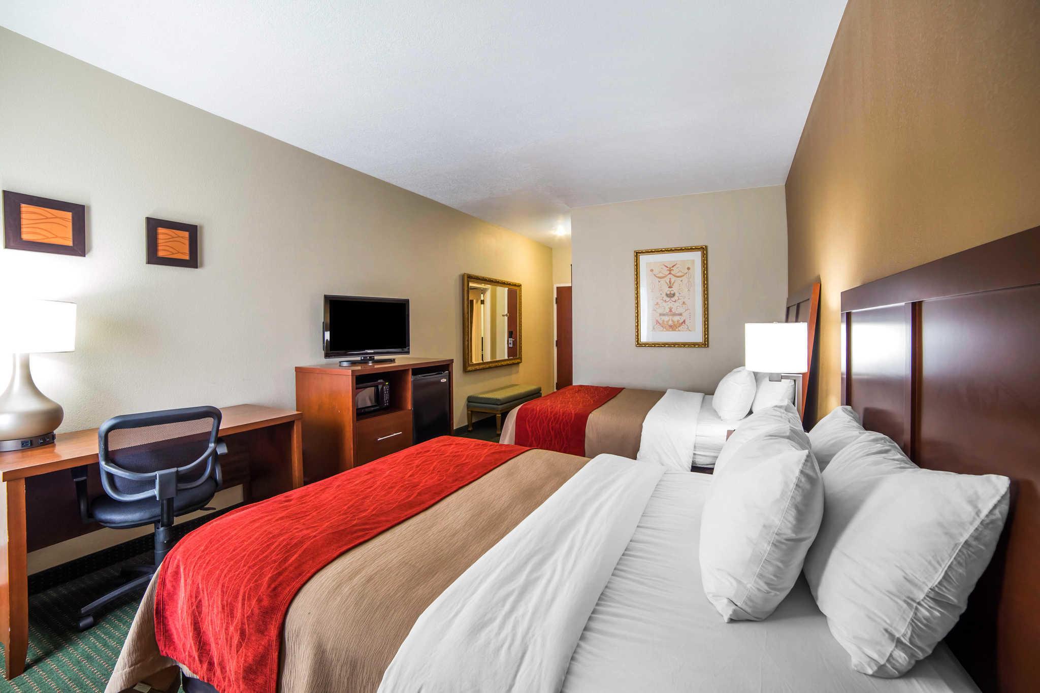 Quality Inn image 10