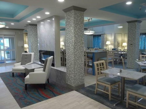 Holiday Inn Express & Suites Brookhaven image 0