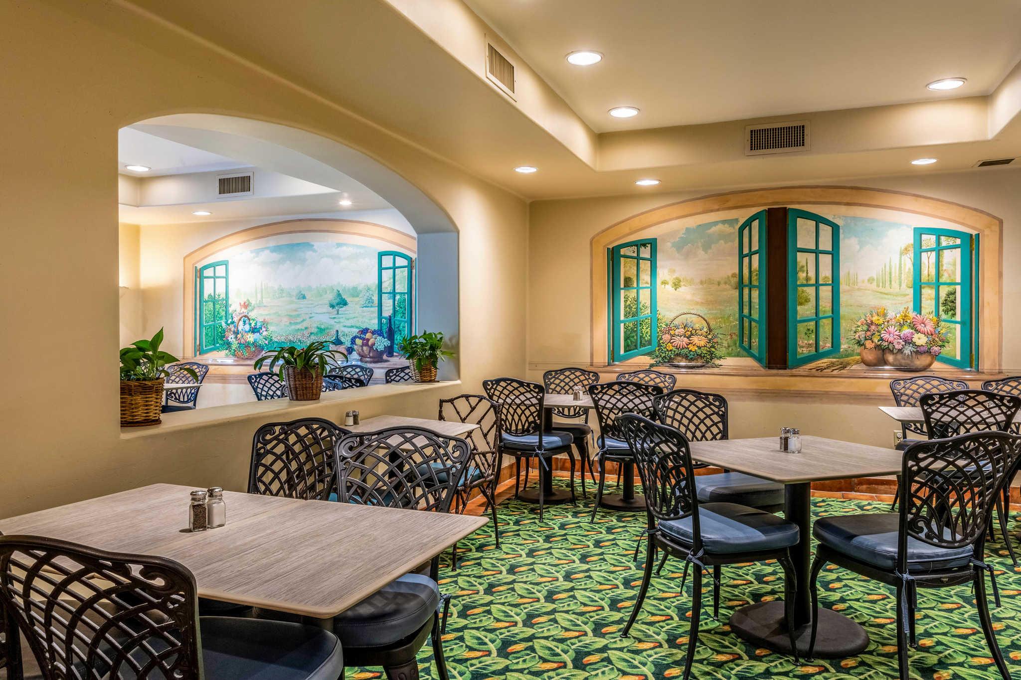 Quality Suites Downtown San Luis Obispo image 20