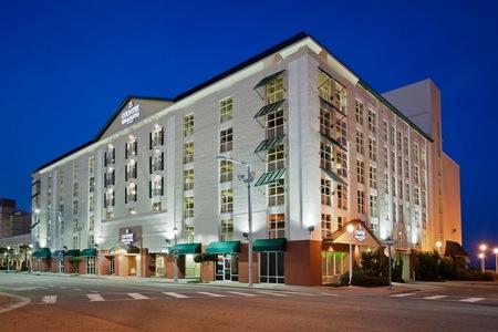 Country Inn & Suites by Radisson, Virginia Beach (Oceanfront), VA image 0