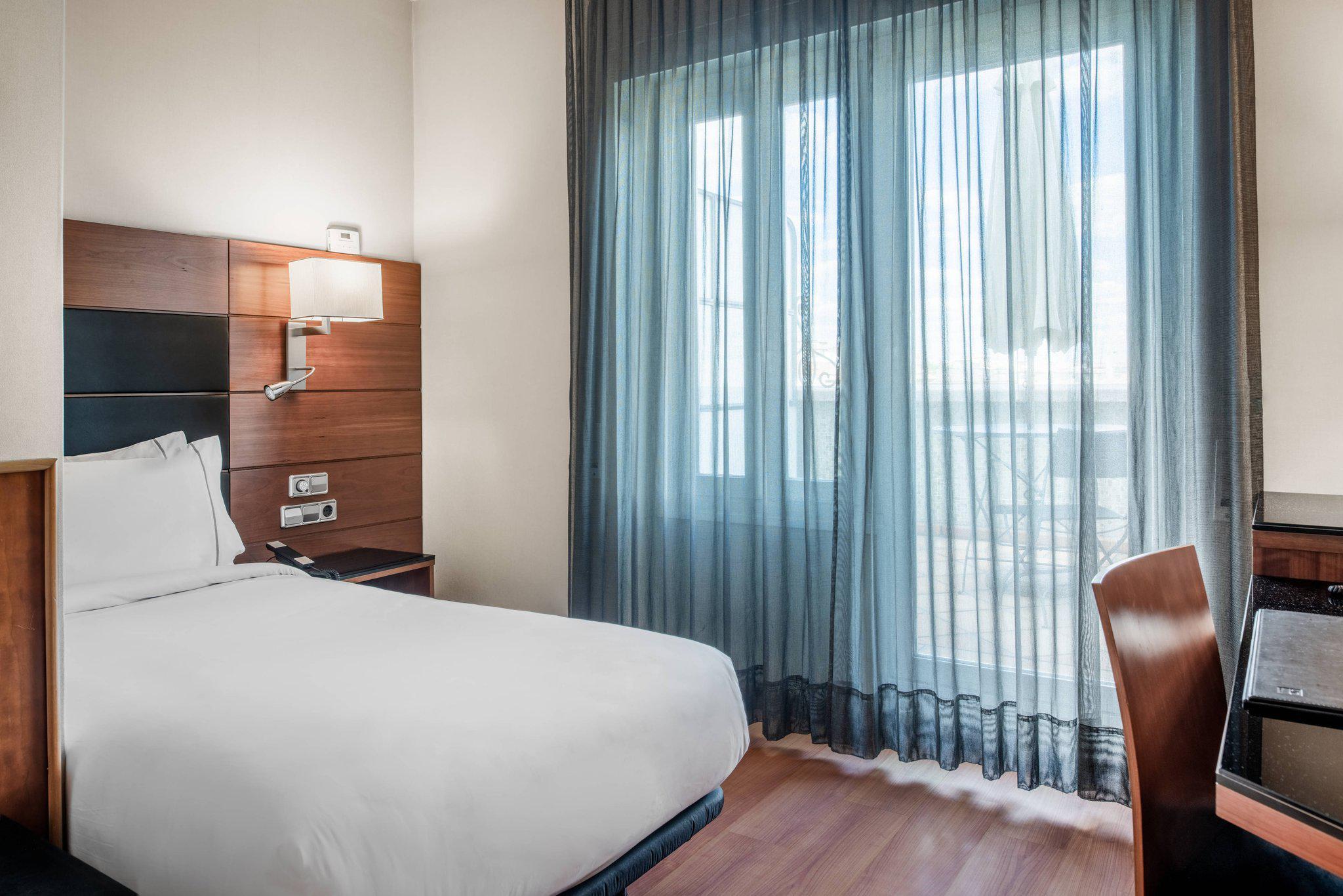 AC Hotel by Marriott Carlton Madrid