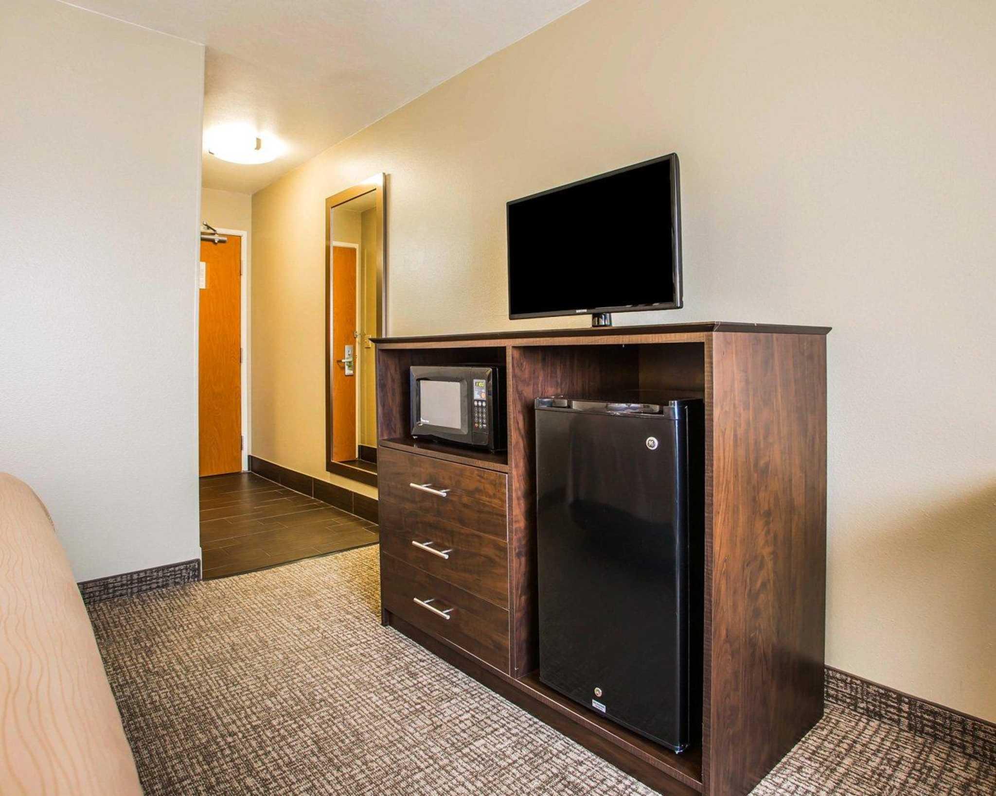 Comfort Inn & Suites Waterloo – Cedar Falls image 7