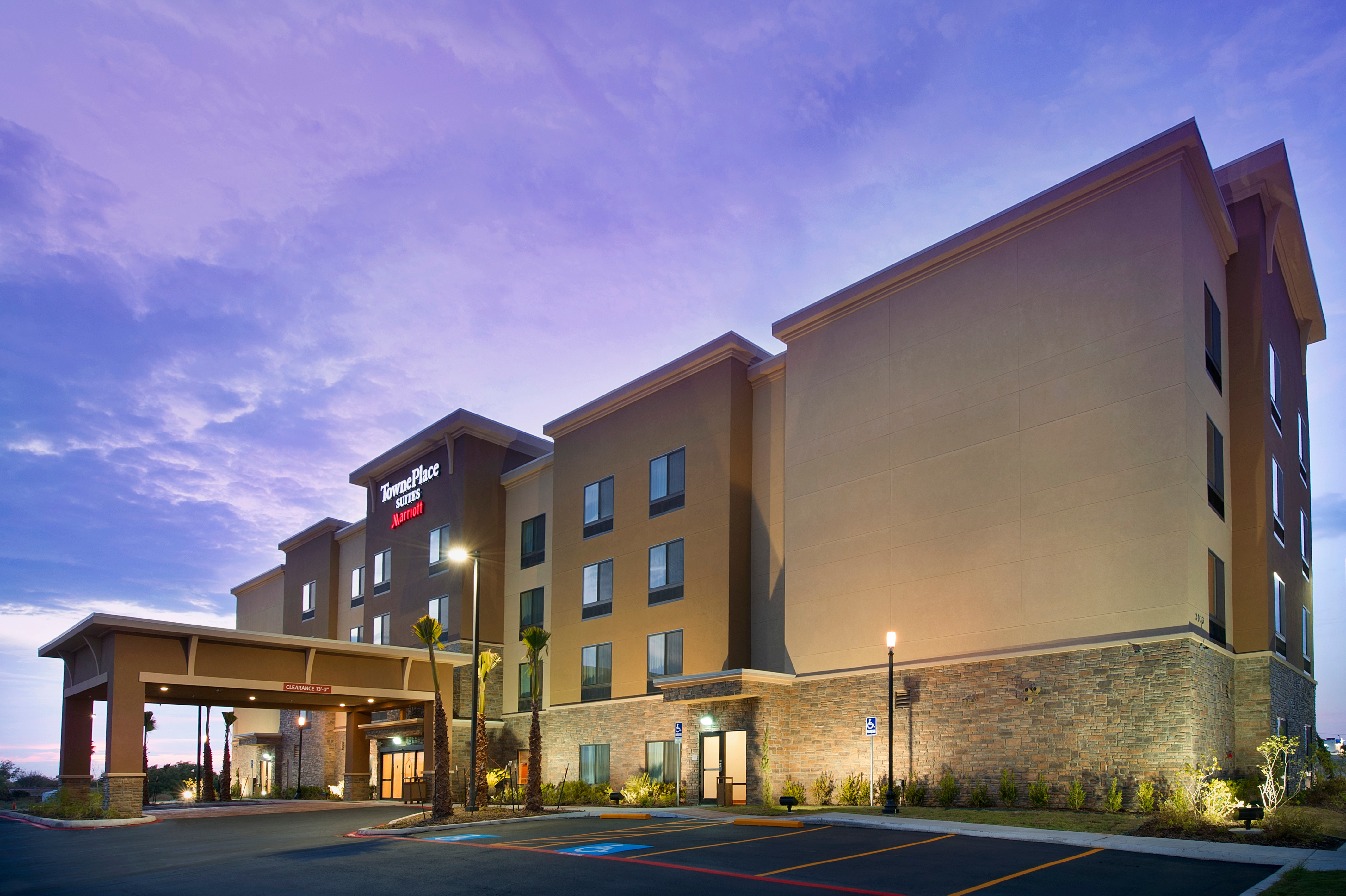 TownePlace Suites by Marriott Eagle Pass image 1
