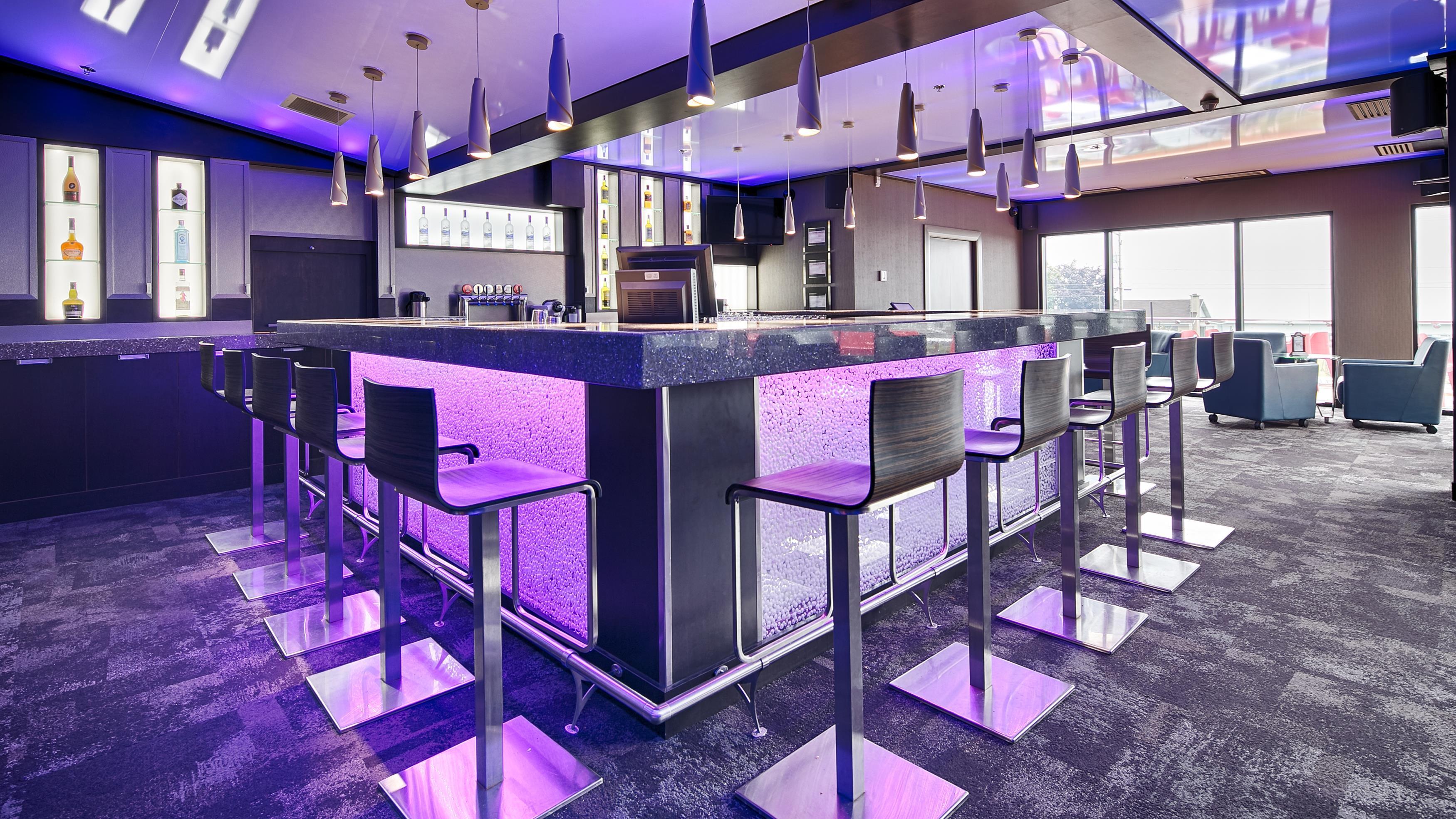 Best Western Plus Hotel Levesque à Riviere-du-Loup: Bistro Bar Terrasse