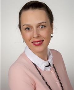 Farmers Insurance - Tatsiana Maroz