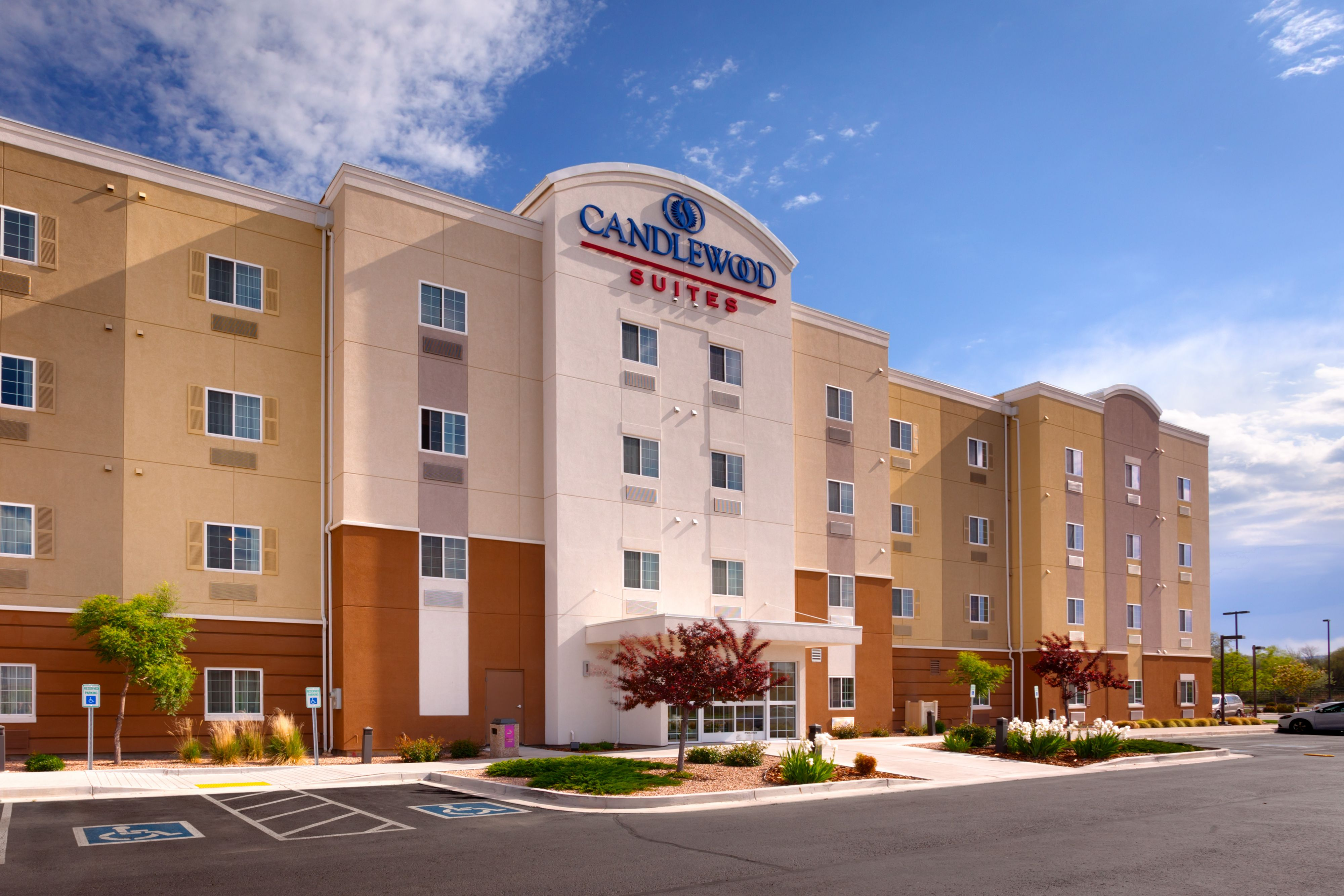 Candlewood Suites Garden Grove Anaheim Area Coupons Near Me In Garden Grove 8coupons