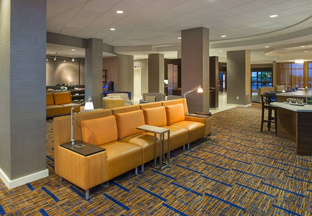 Courtyard by Marriott Austin Airport image 3