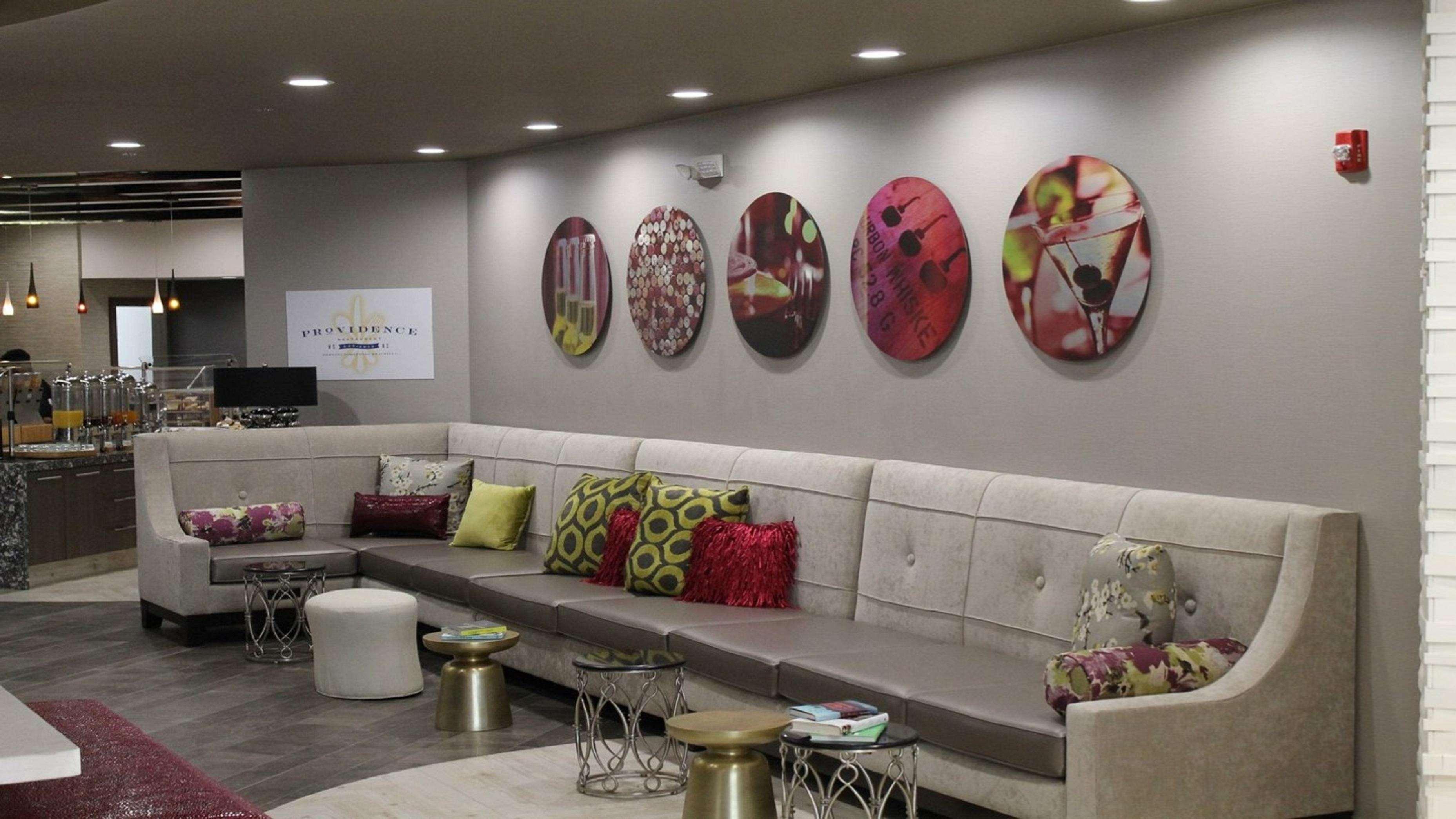 DoubleTree by Hilton Hotel Winston Salem - University image 7