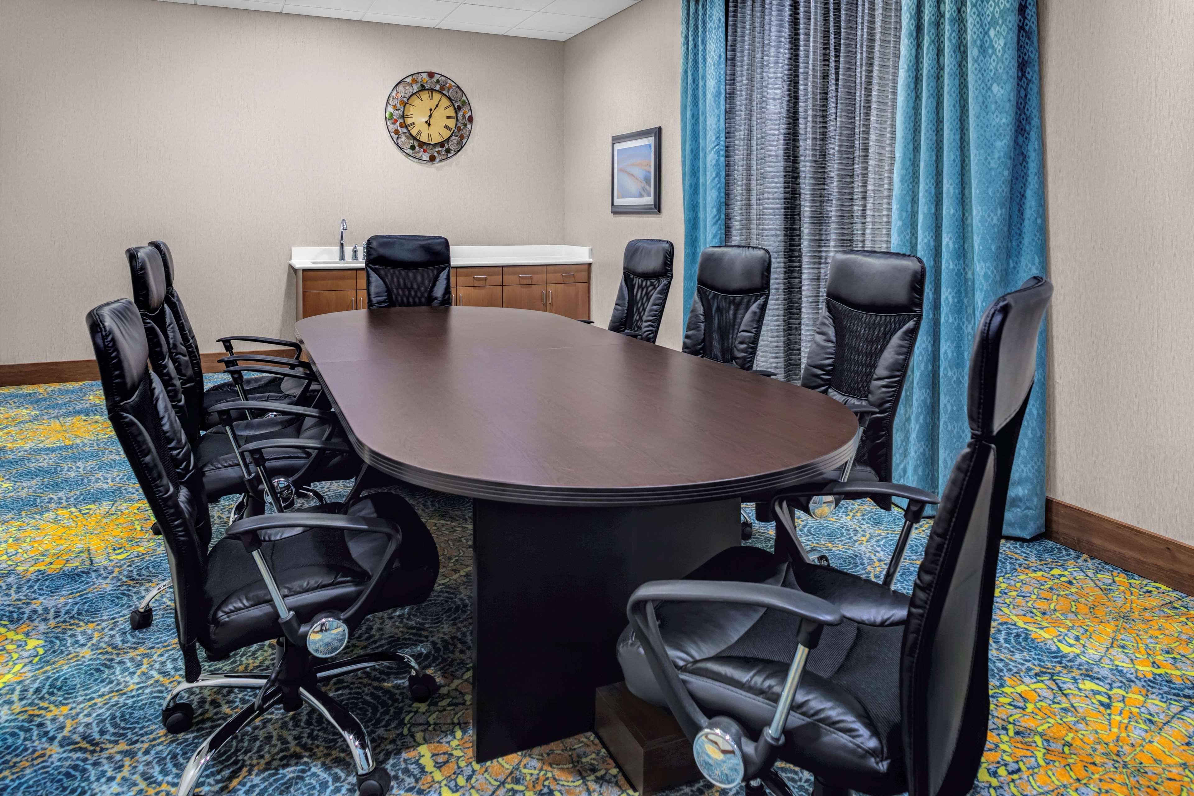 Homewood Suites by Hilton Wauwatosa Milwaukee image 21