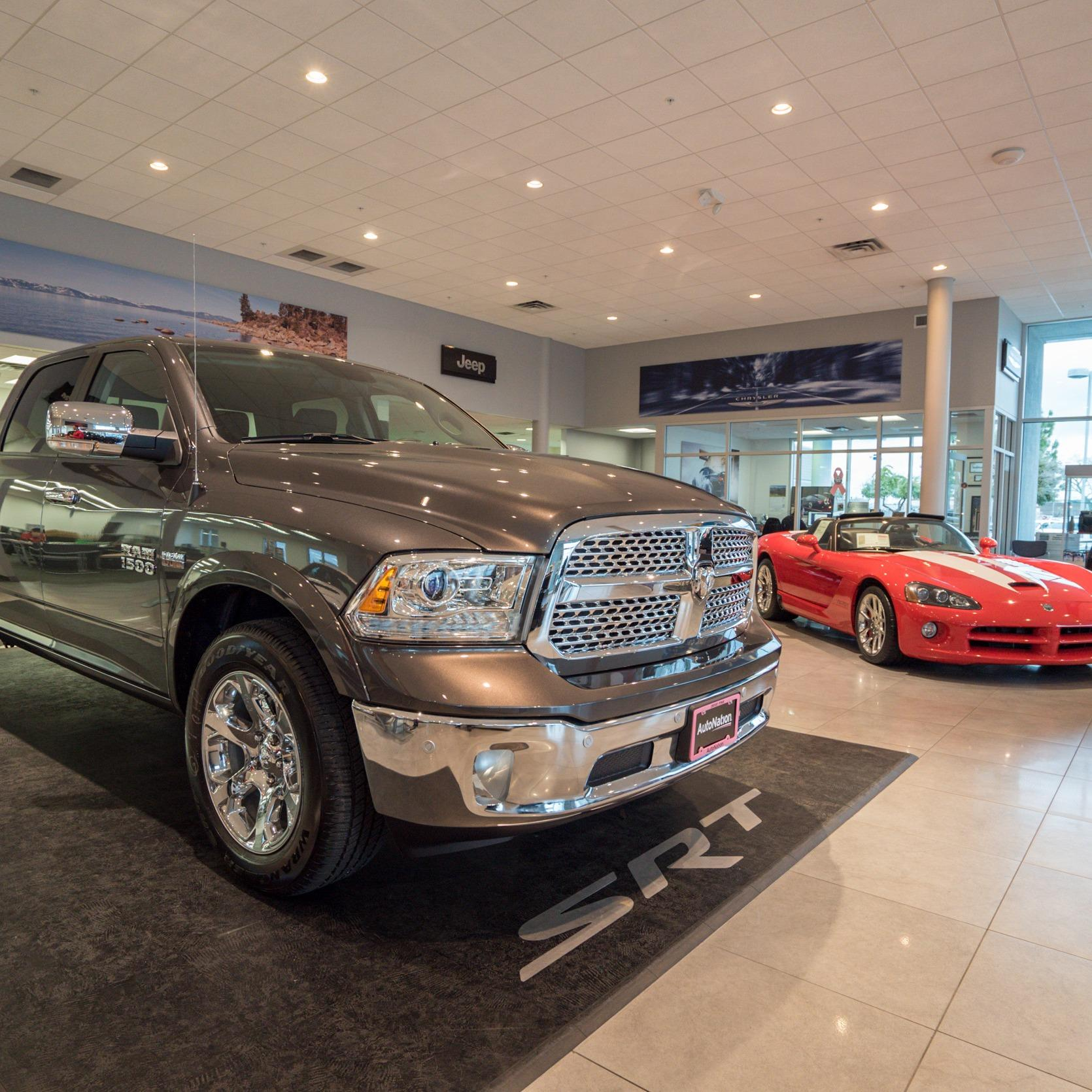 AutoNation Chrysler Dodge Jeep RAM Roseville 200 Automall Drive