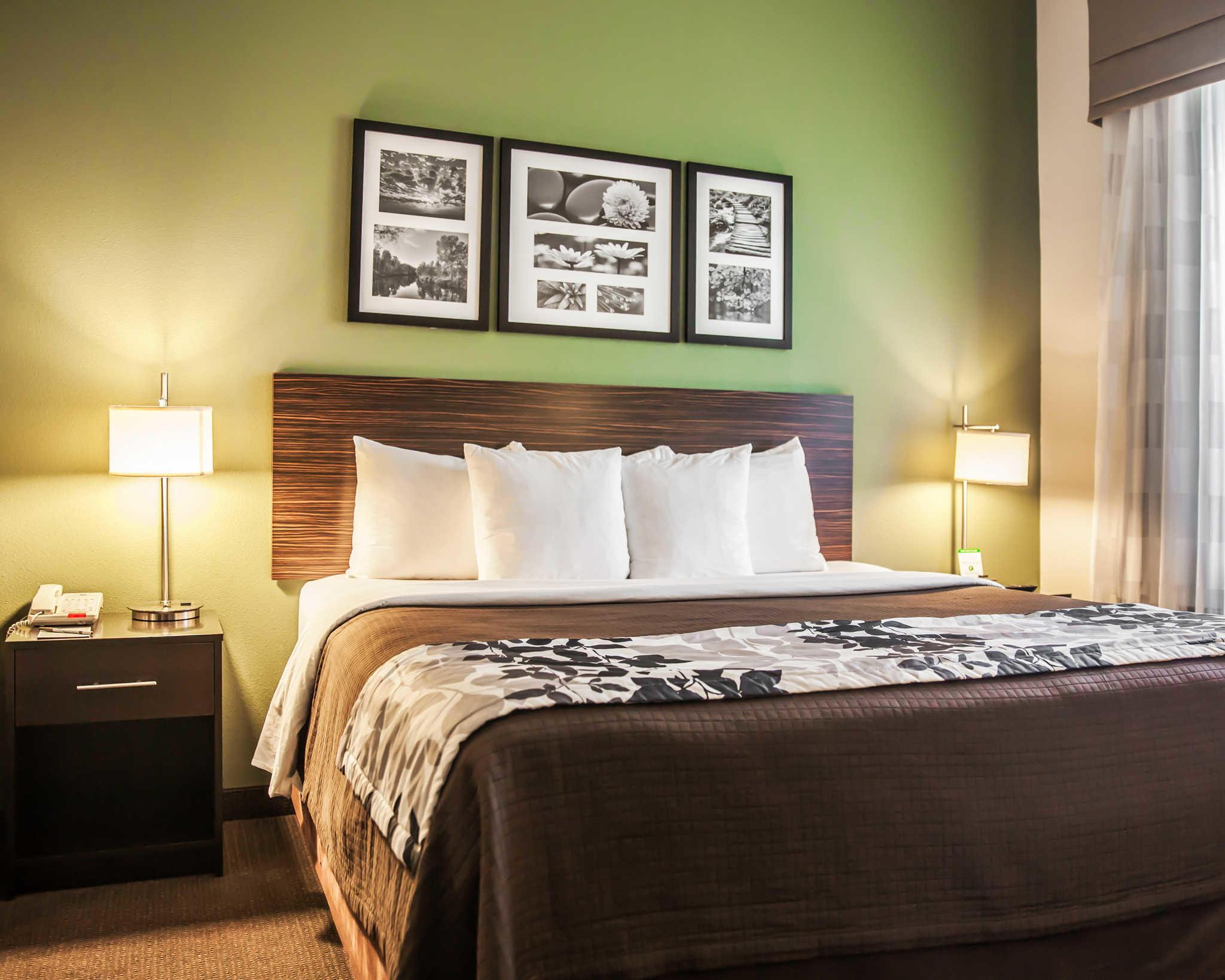 Sleep Inn & Suites Downtown Inner Harbor image 0