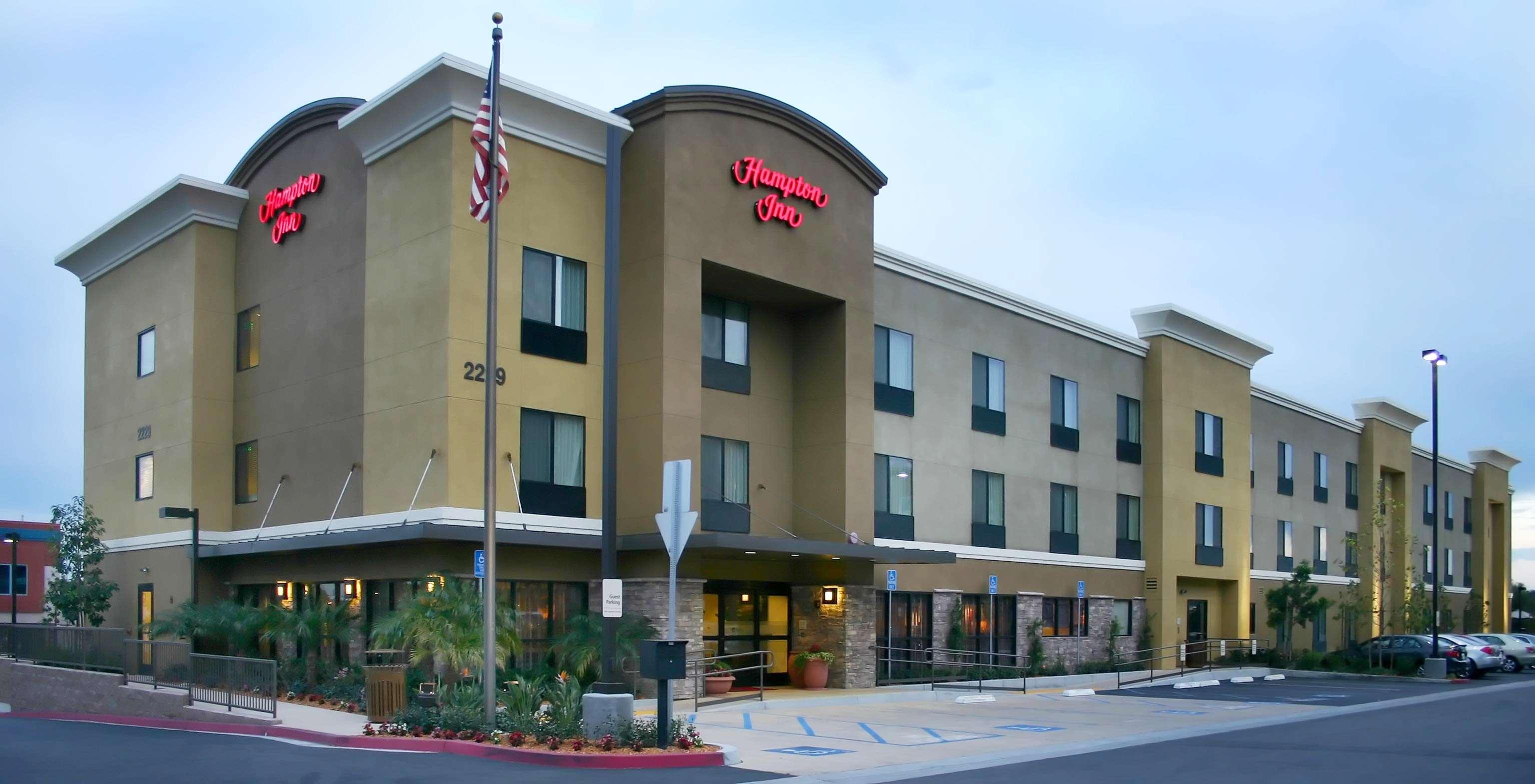Hampton Inn Carlsbad-North San Diego County image 2
