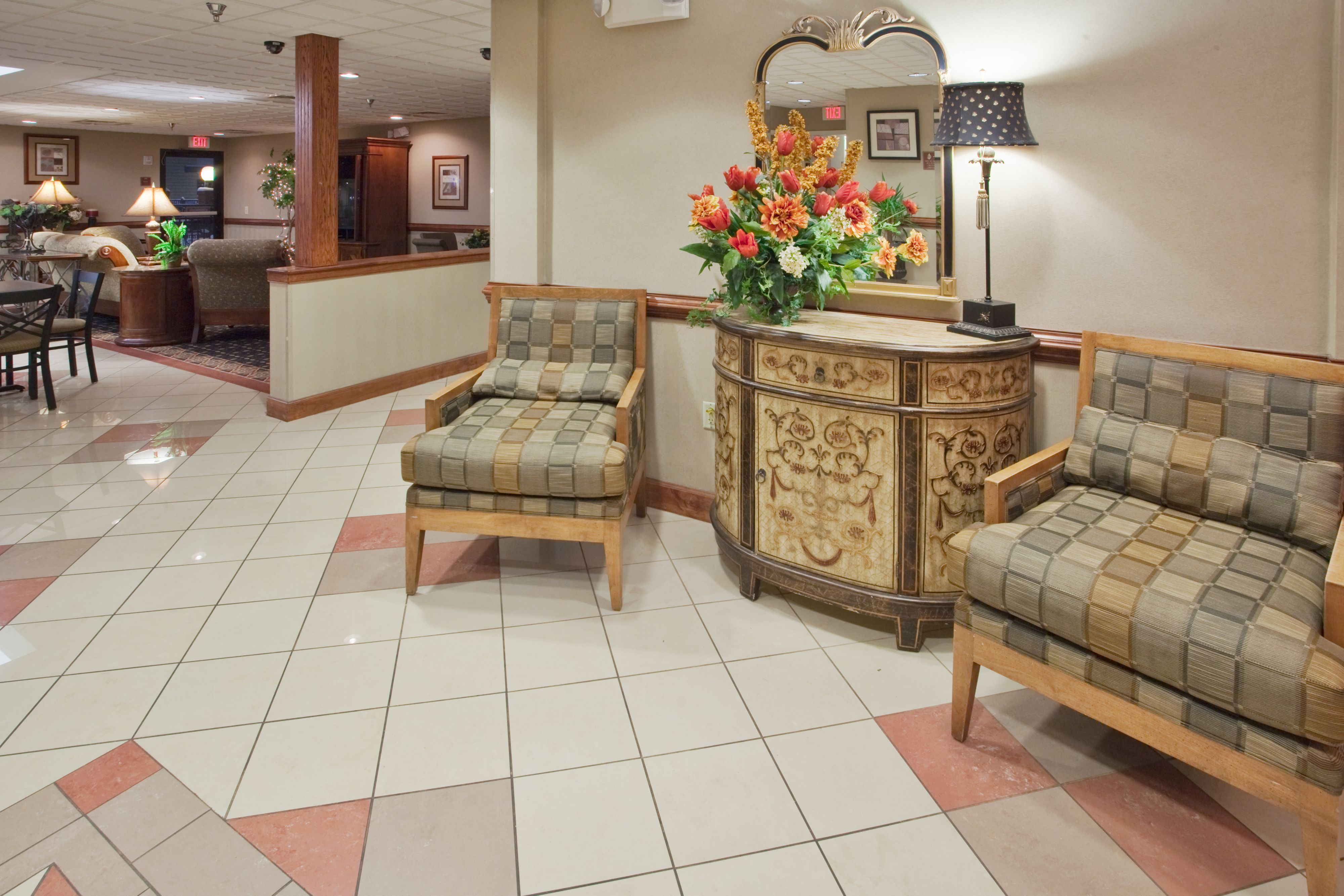 Holiday Inn Express & Suites Laurinburg image 6