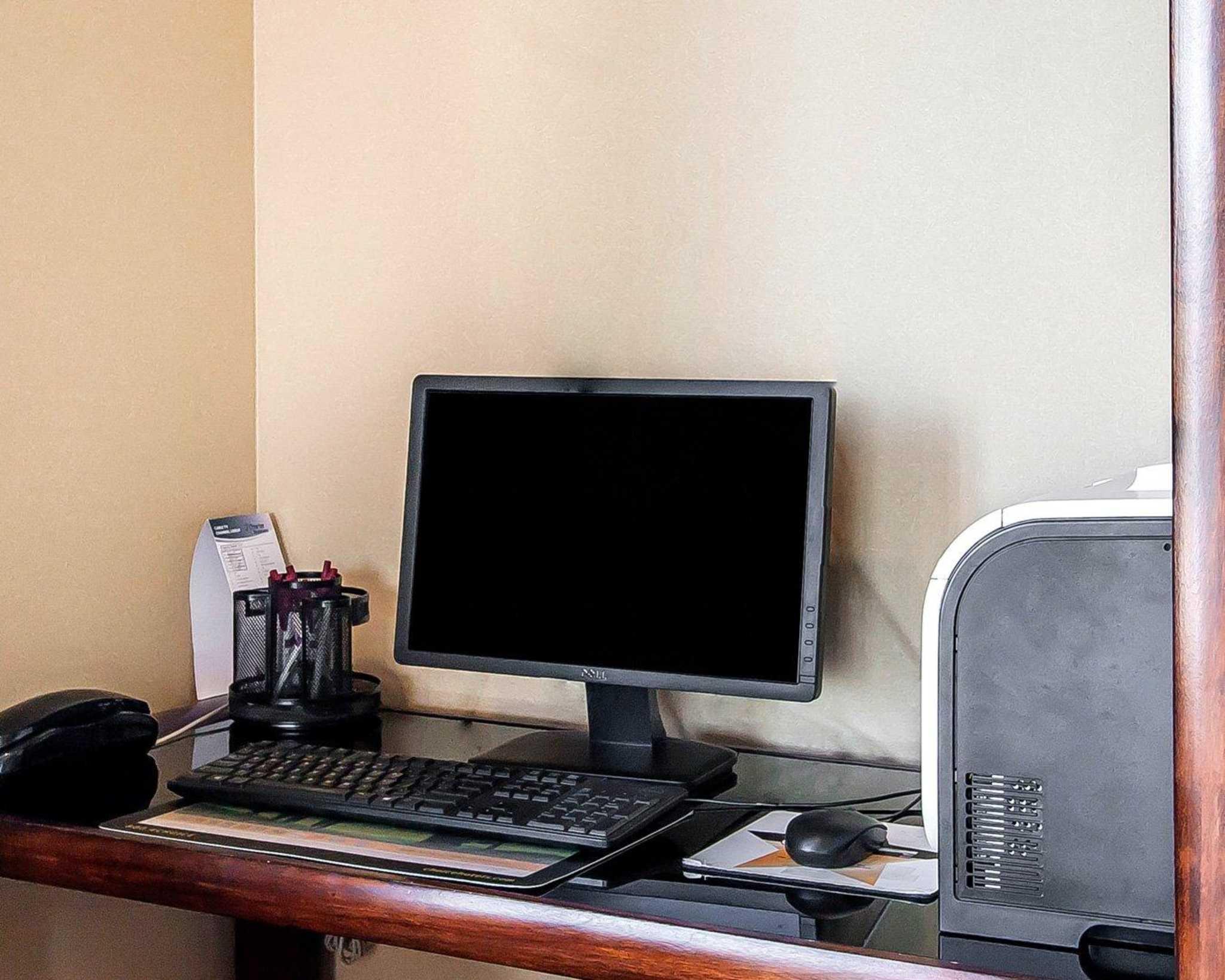 Comfort Suites Jackson-Cape Girardeau image 24