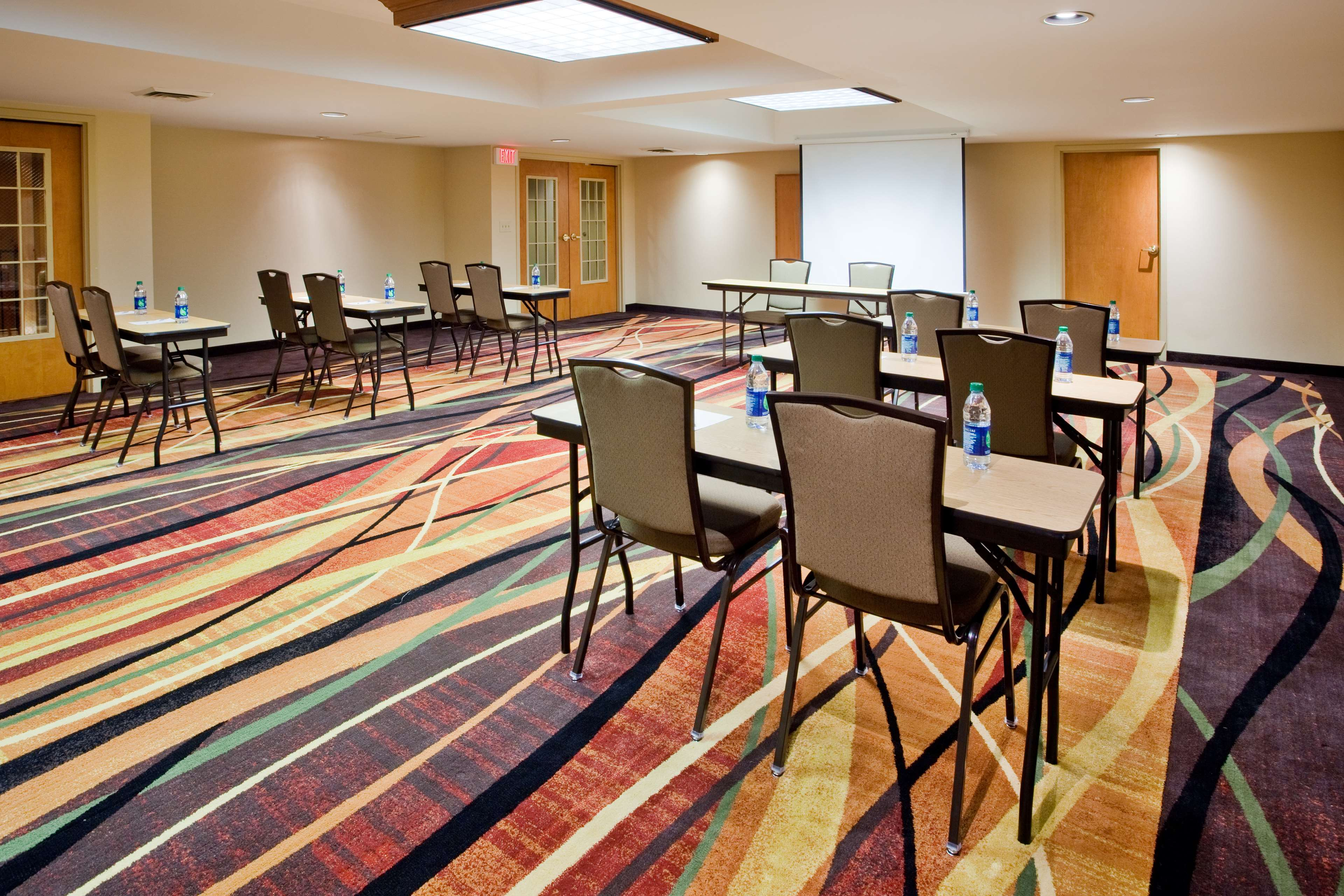 Hampton Inn & Suites Chapel Hill/Durham, Area image 21