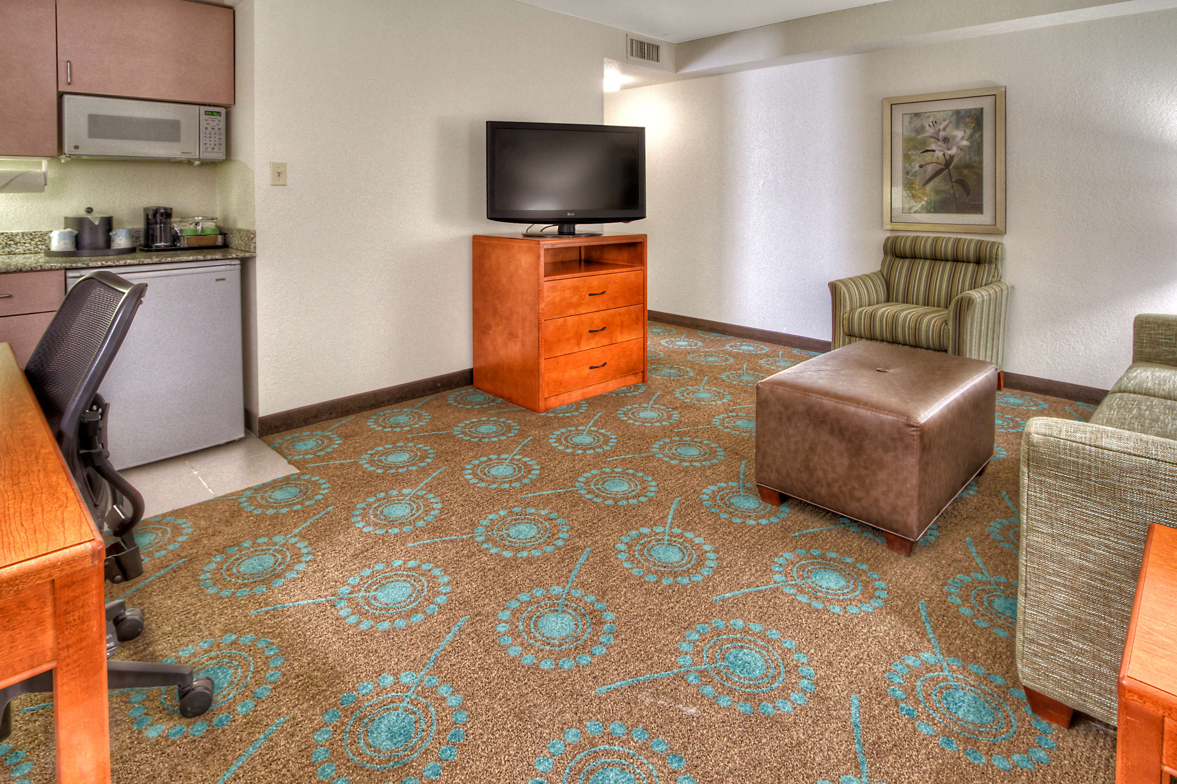 Hampton Inn Goldsboro image 31