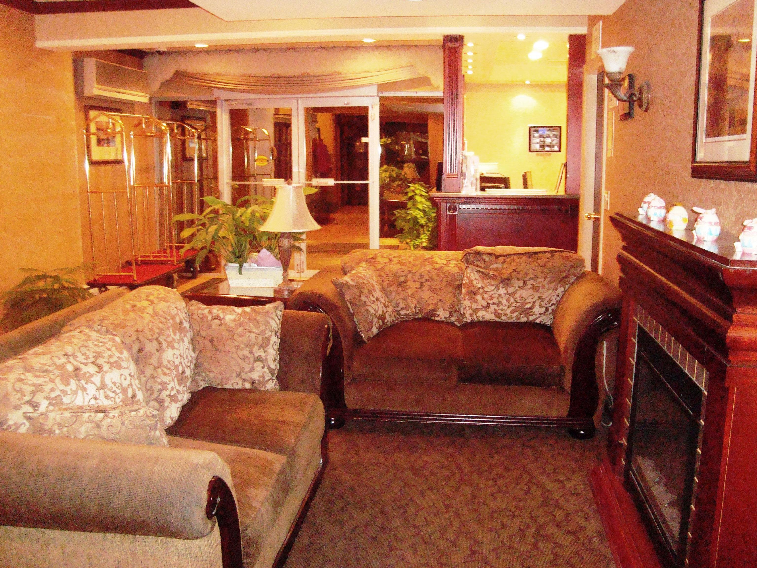 Best Western Chelsea Inn in Coquitlam: Lobby