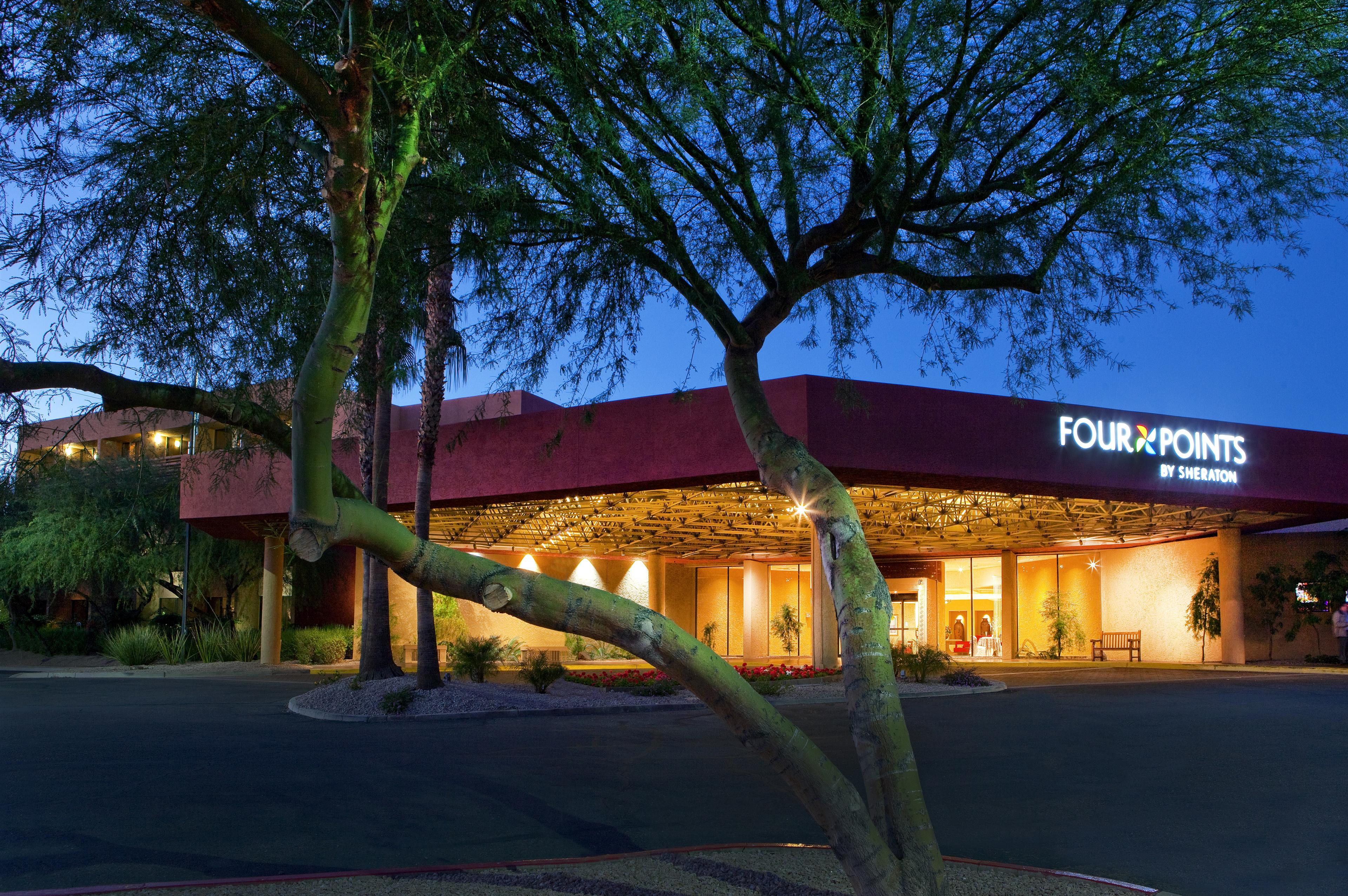 Four Points by Sheraton Phoenix North image 1