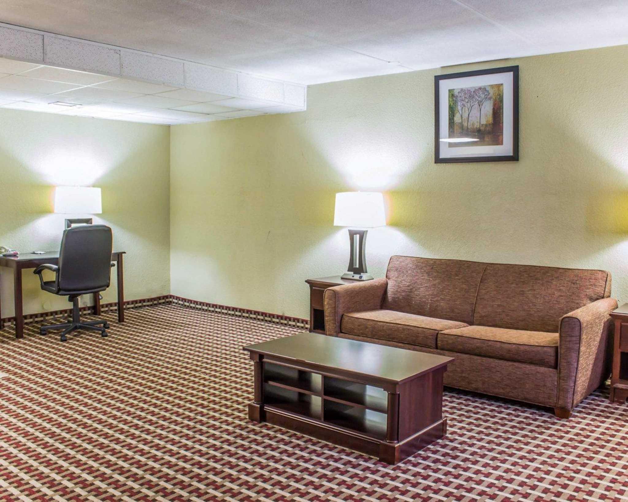 Quality Inn & Suites Fort Bragg image 22