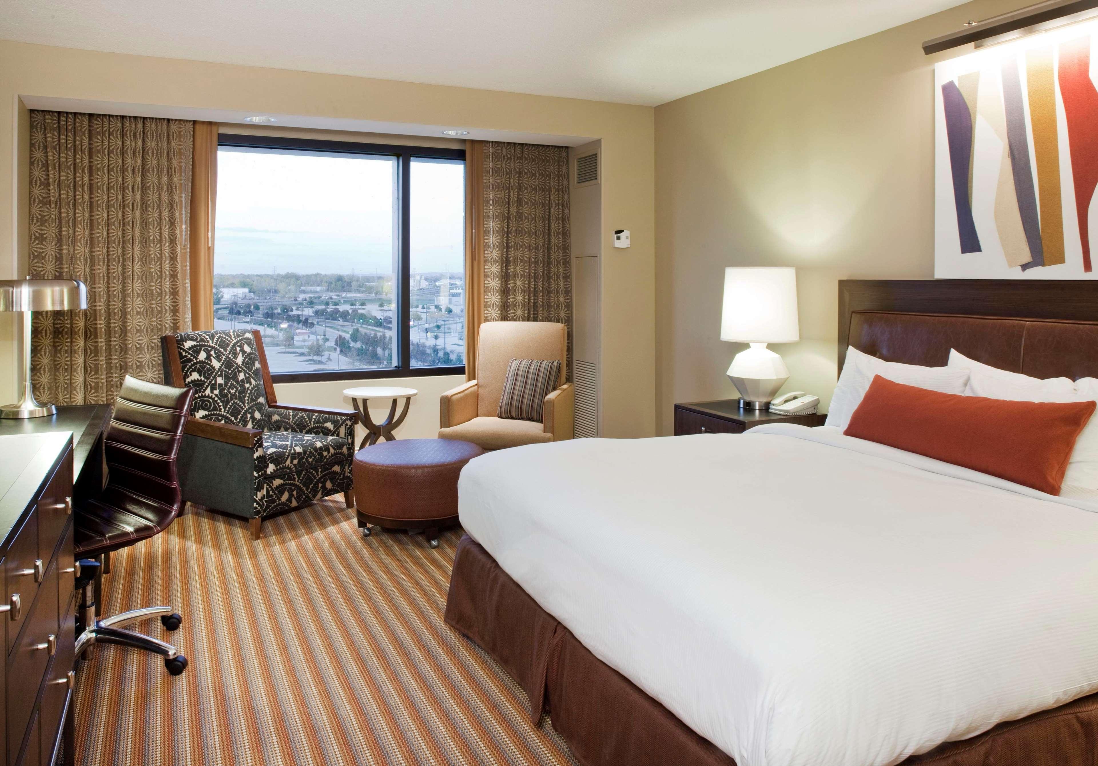 Hilton Omaha image 11