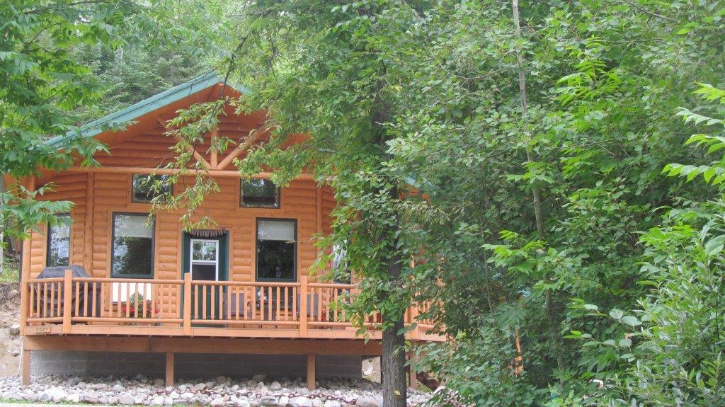 Melgeorge's Elephant Lake Lodge and Resort image 3