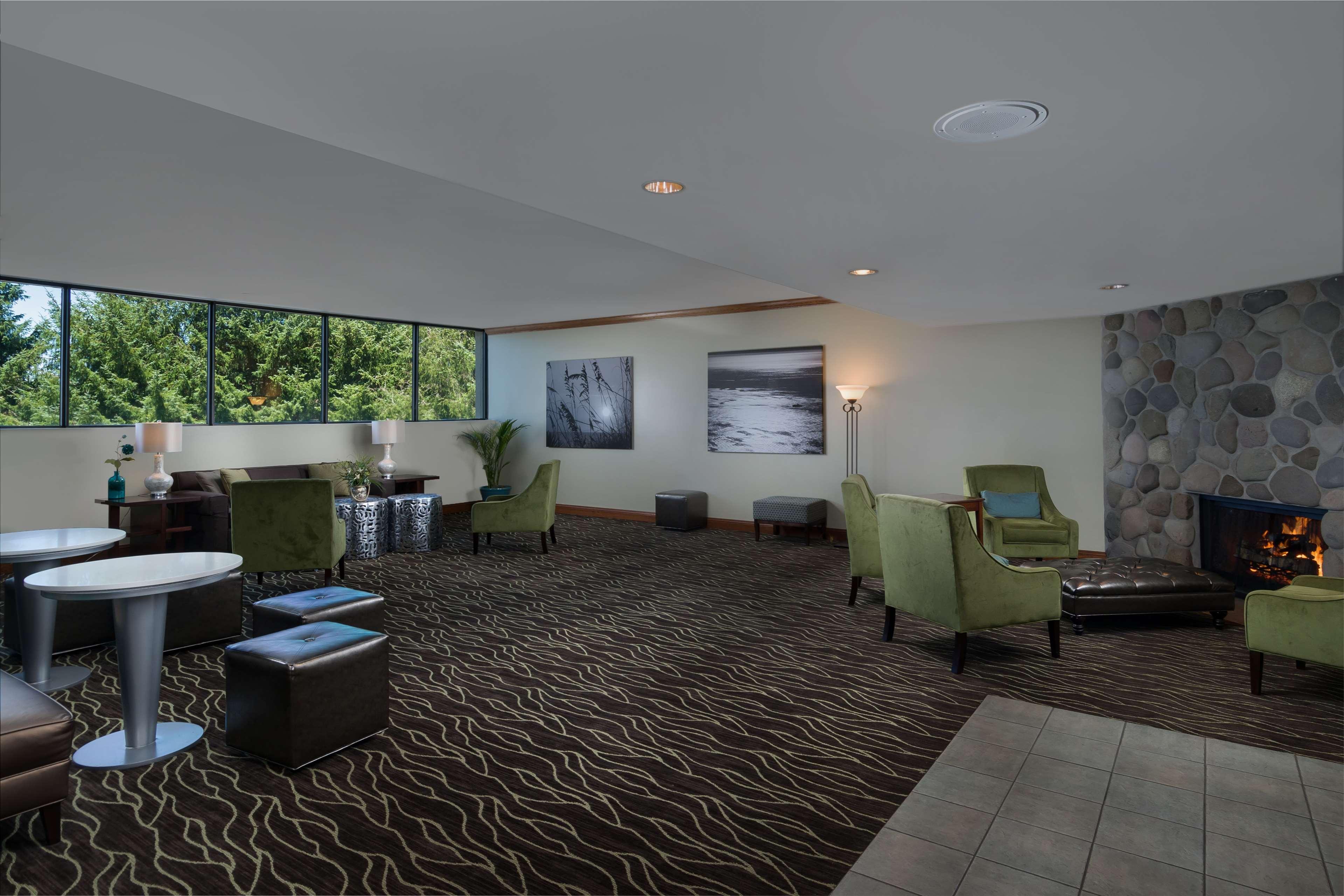 Best Western Agate Beach Inn image 5