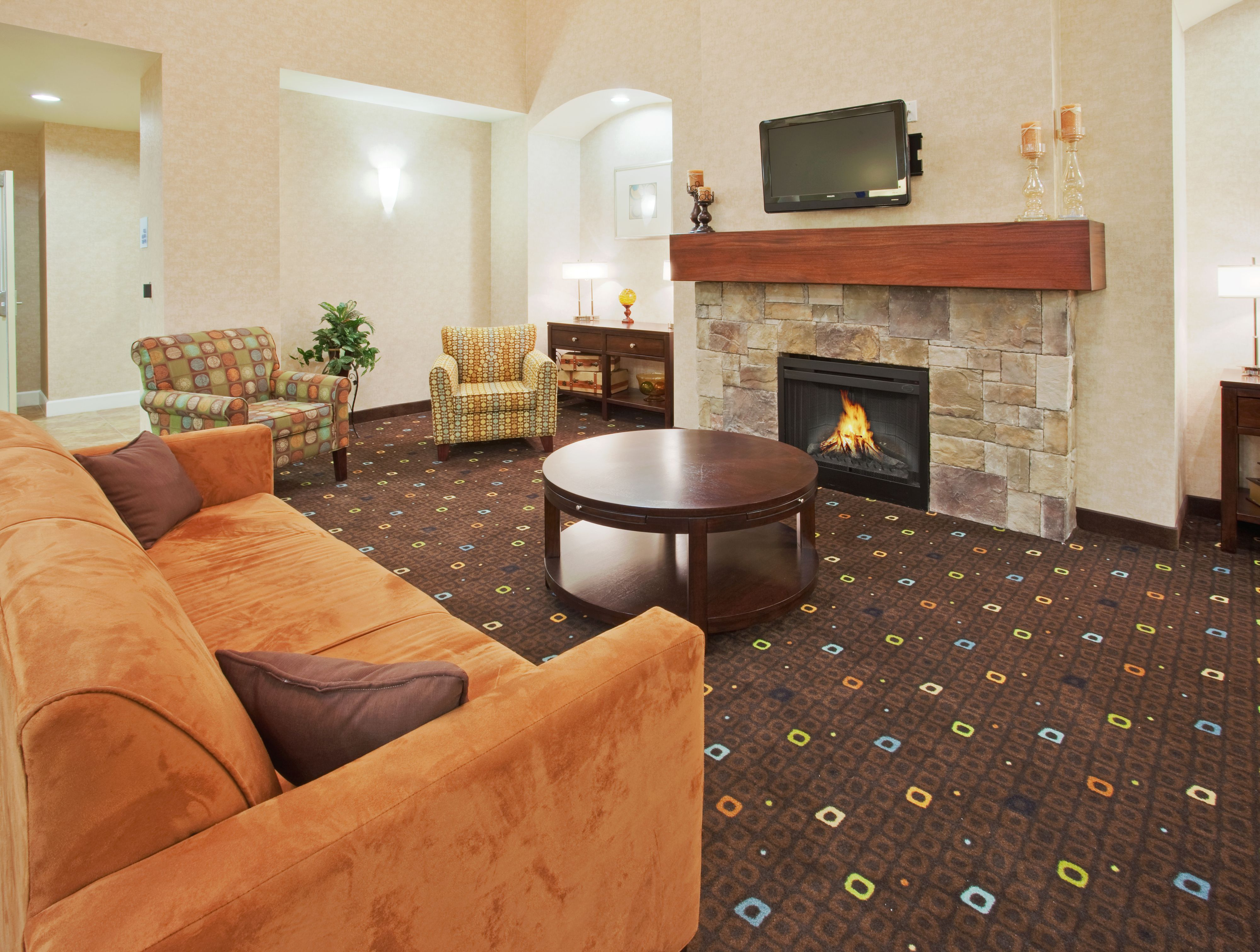 Holiday Inn Express Lodi image 4