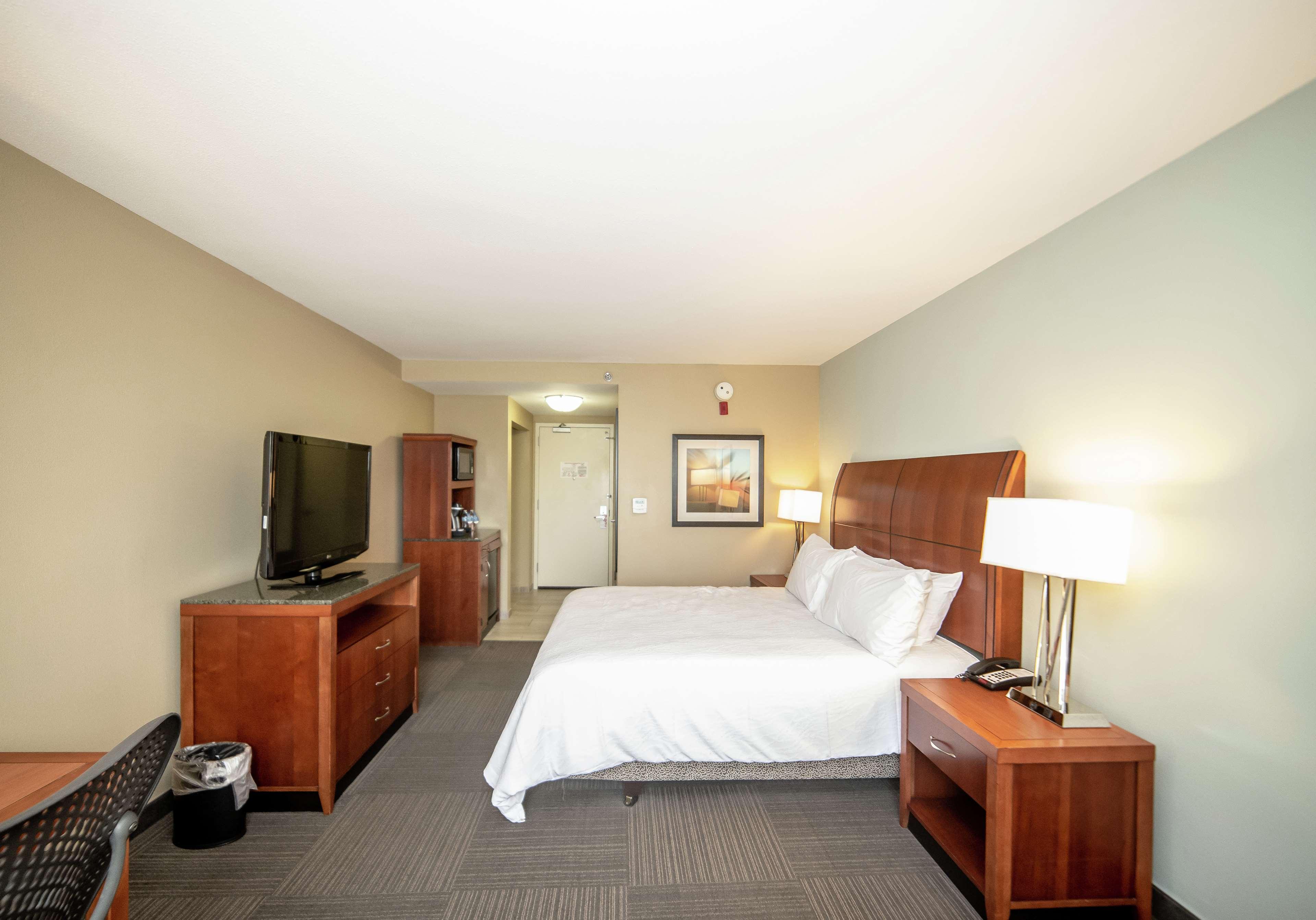 Hilton Garden Inn Beaufort 1500 Queen Street Beaufort Sc Hotels