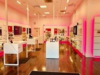 T Mobile Store At 504 Spectrum Center Drive Irvine Ca T Mobile