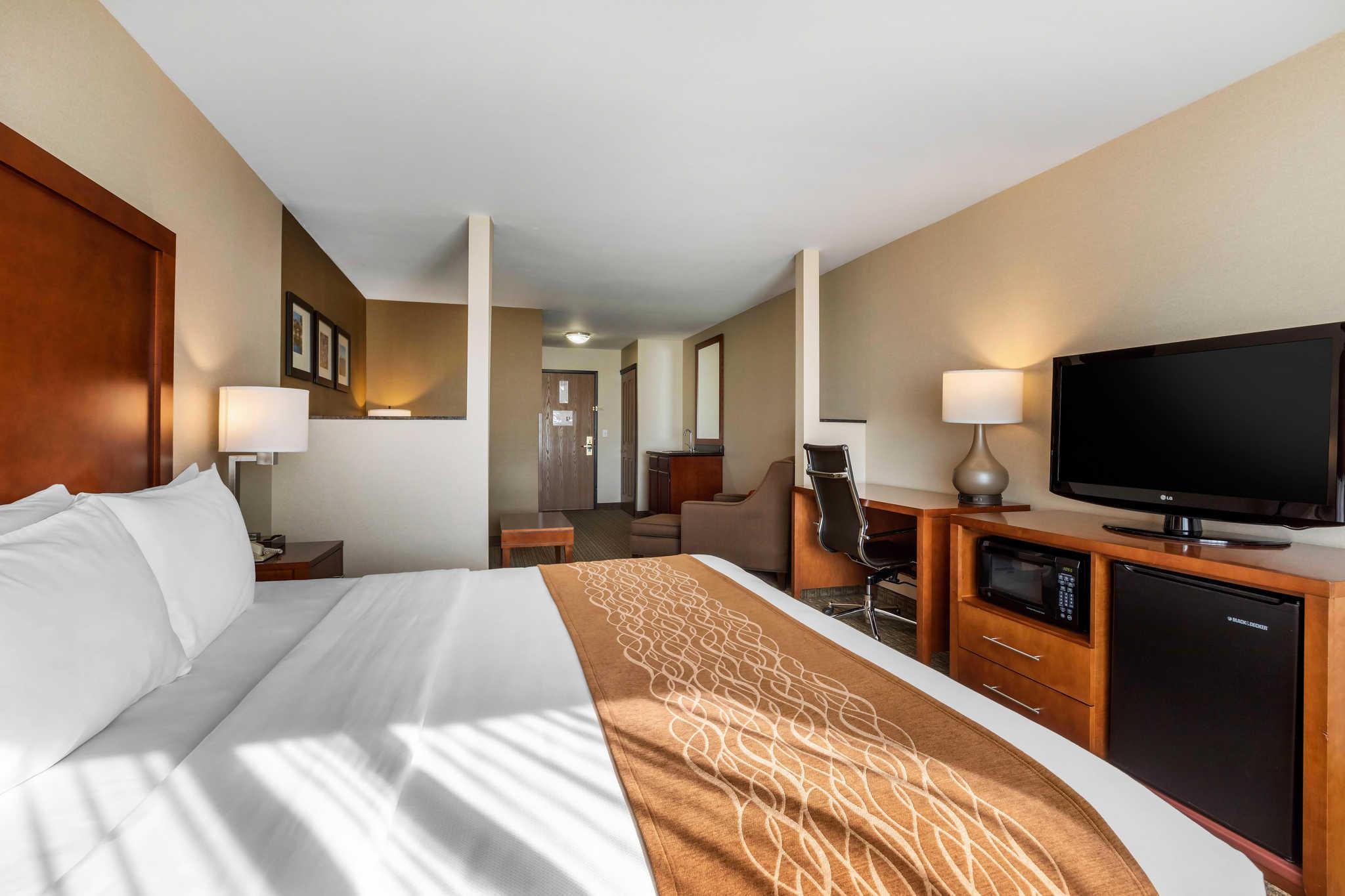 Comfort Inn & Suites Murrieta Temecula Wine Country image 21