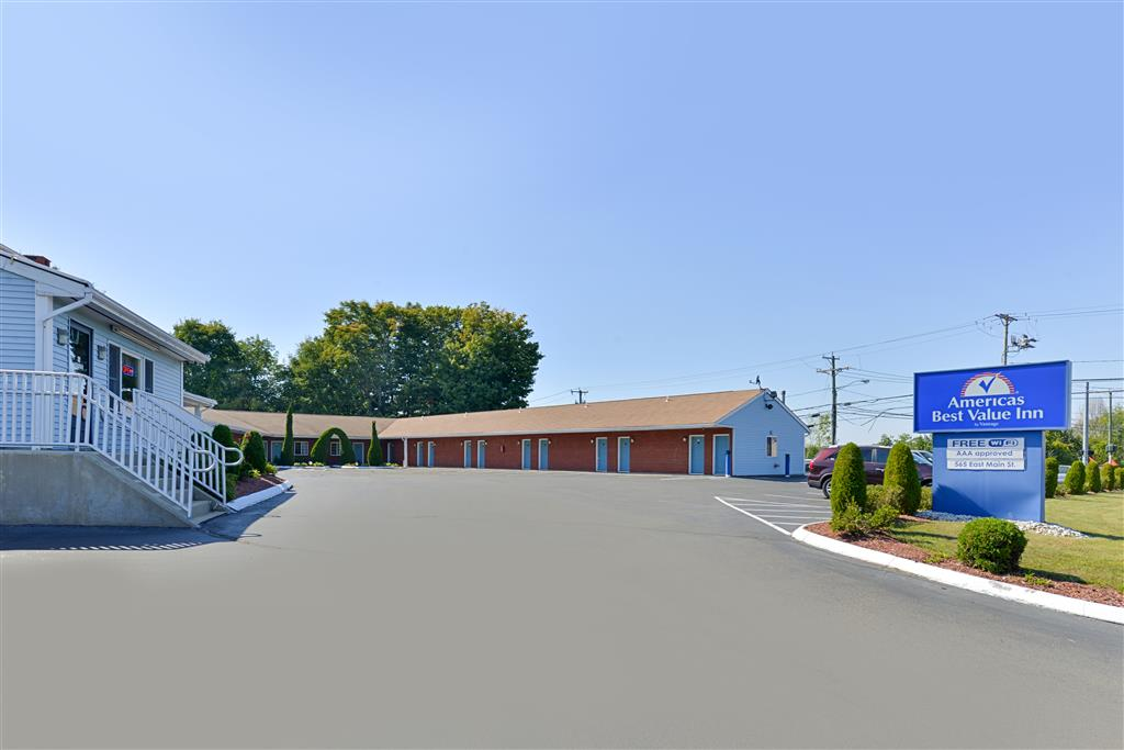 Americas Best Value Inn - Branford image 1